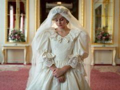 Emma Corrin as Diana (Netflix)