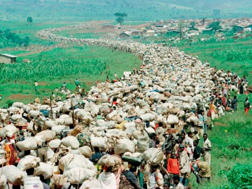 Tens of thousands of Rwandan refugees during the crisis prompted by the genocide (Jean-Marc Bouju)/AP)