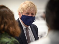 Boris Johnson表示,在周一(莱昂尼海/帕)提出限制的正式宣布