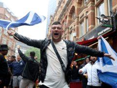 """尼古拉鲟鱼呼吁伦敦苏格兰粉丝为欧元2020欧元冲击英格兰,在持续的科夫迪半胱蒂动中,""""小心""""。(Kieran Cleves / Pa)"""
