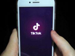 TikTok is expanding its maximum video length (Peter Byrne/PA)
