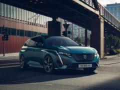 (Peugeot)