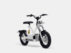 The bike can be charged directly from a Polestar 2