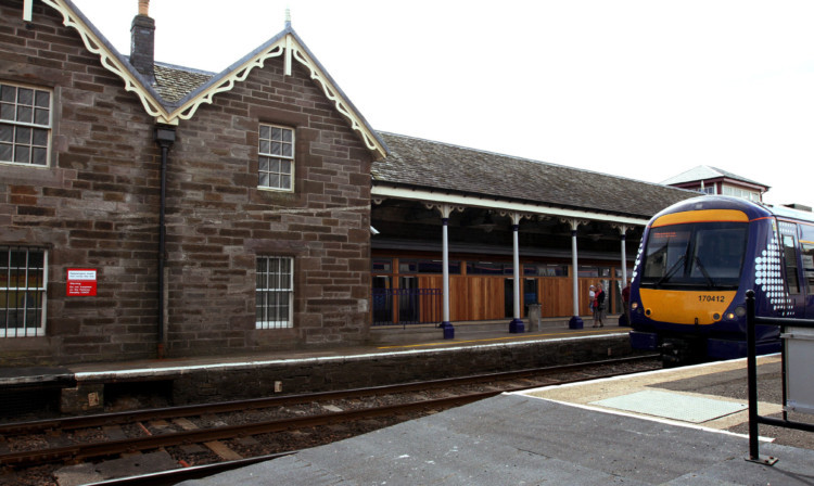 Broughty Ferry station.