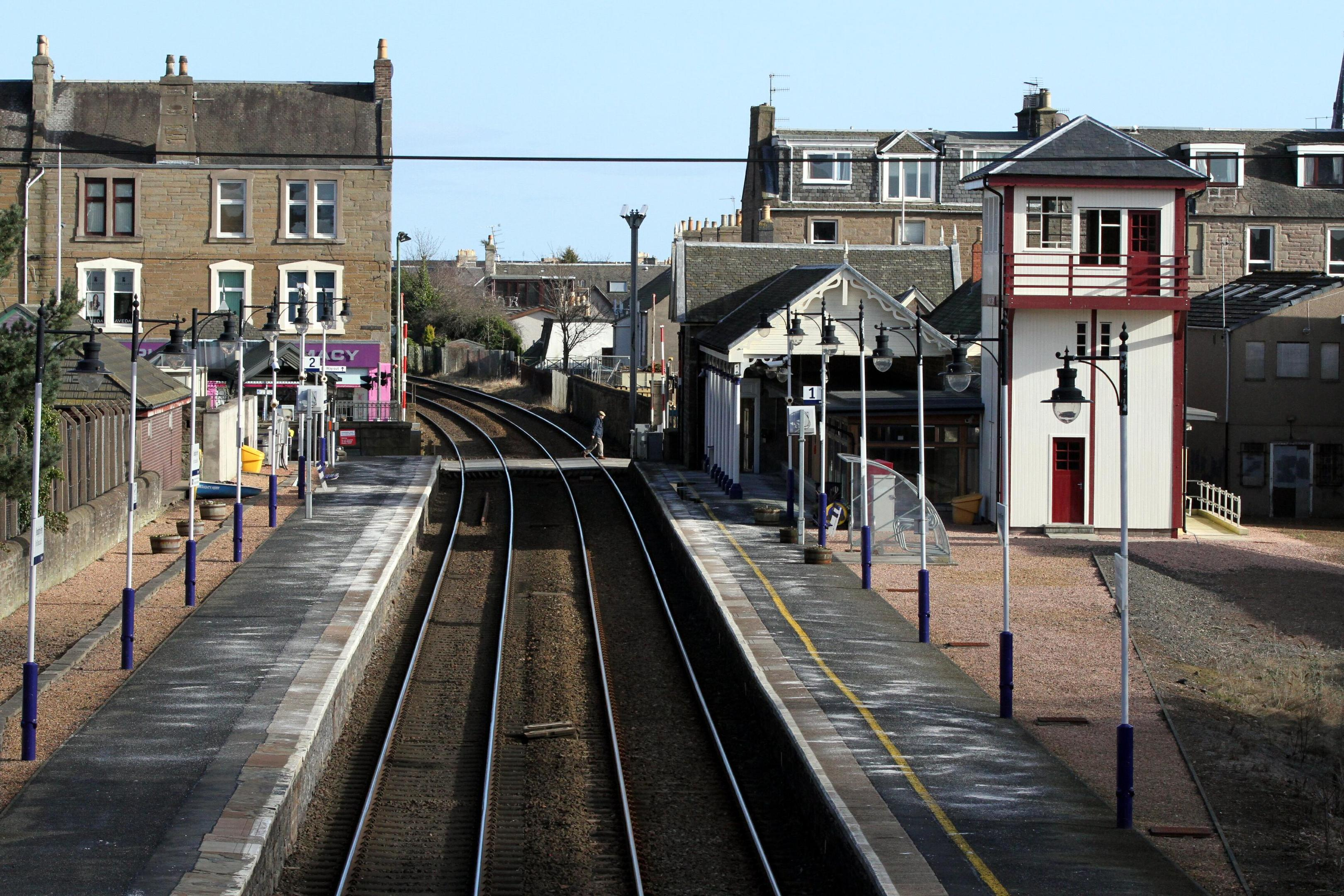 Broughty Ferry train station.