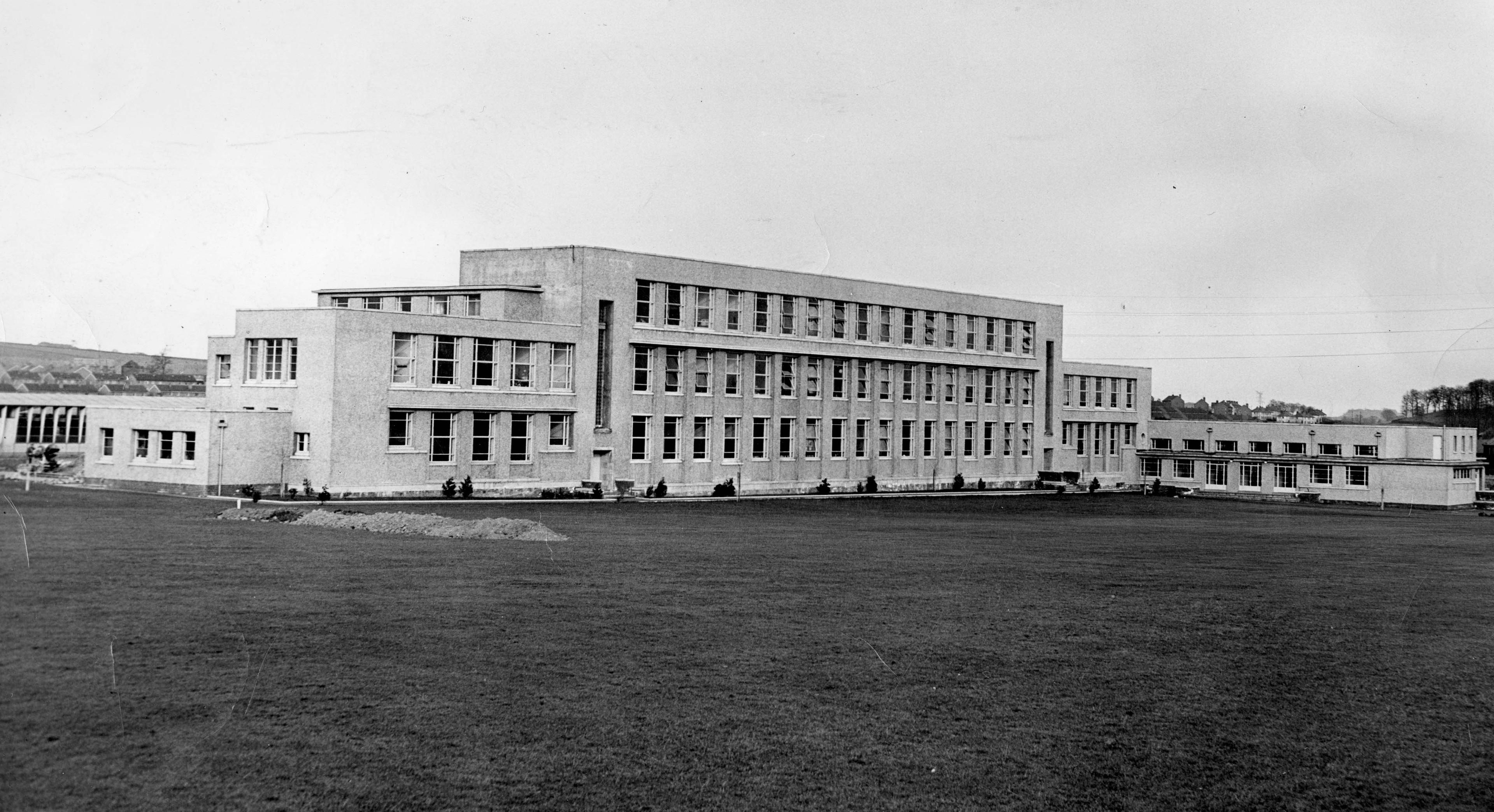 Linlathen High in 1958.