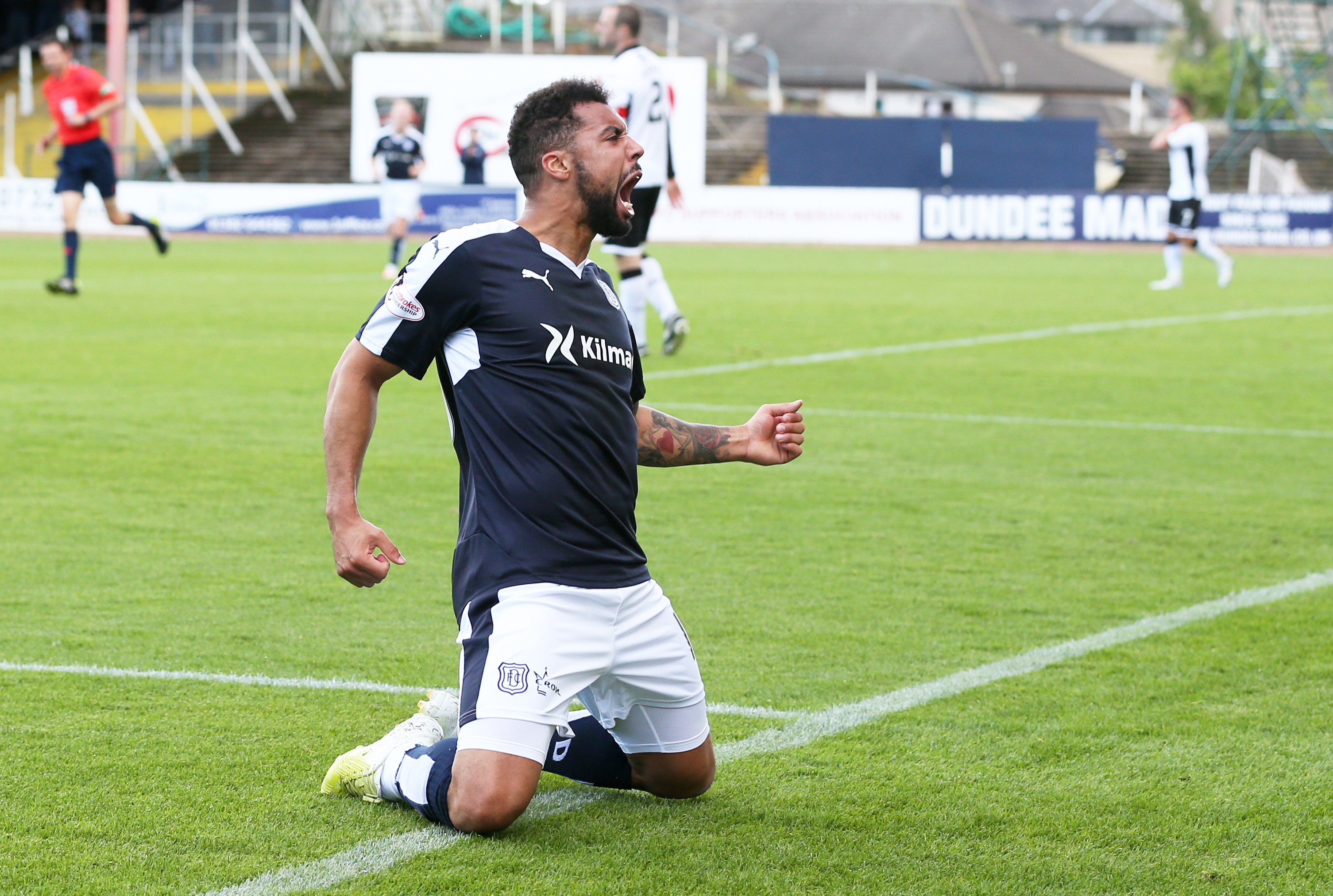 Kane Hemmings has been knocking in goals galore for Dundee these past few weeks.