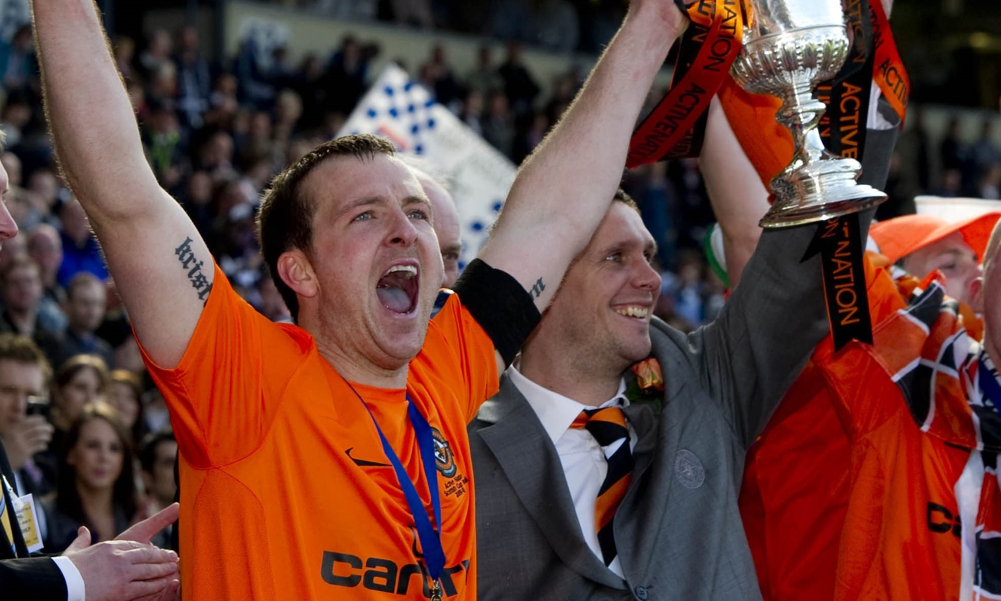 Lee Wilkie lifted the cup alongside Andy Webster in 2010.