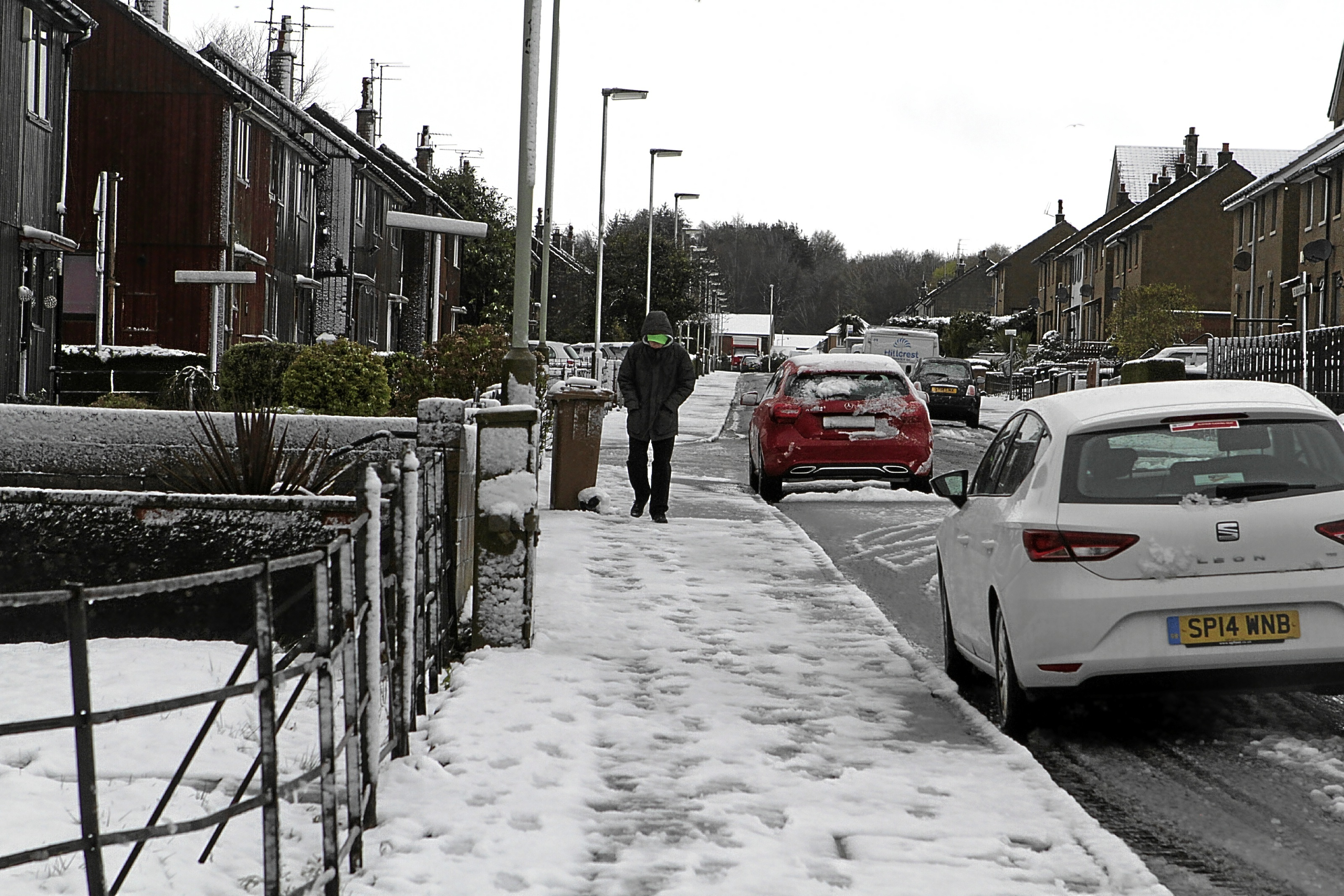 People across Tayside woke to snow this morning