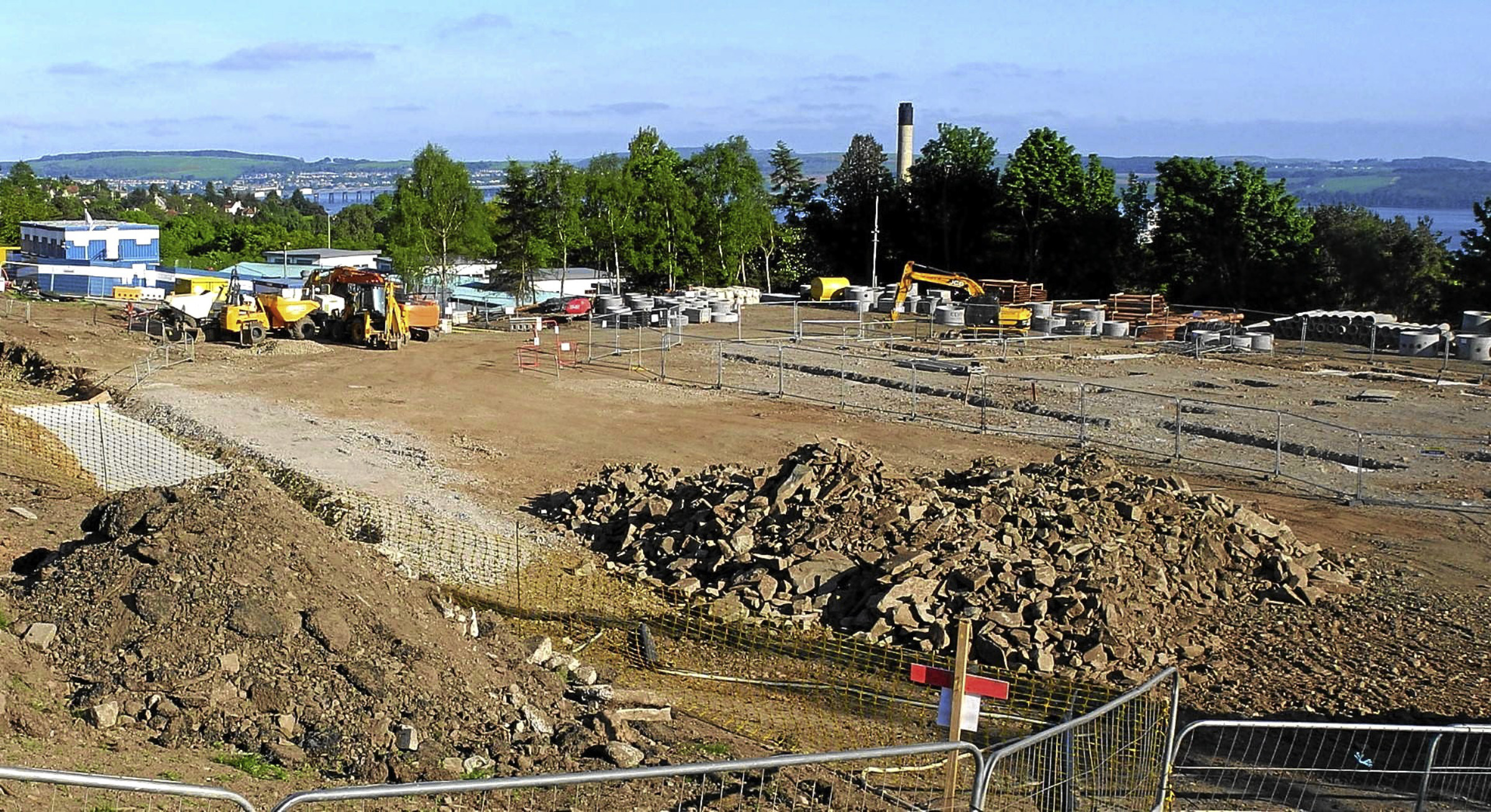 Work under way on the primary and nursery school in Menzieshill.