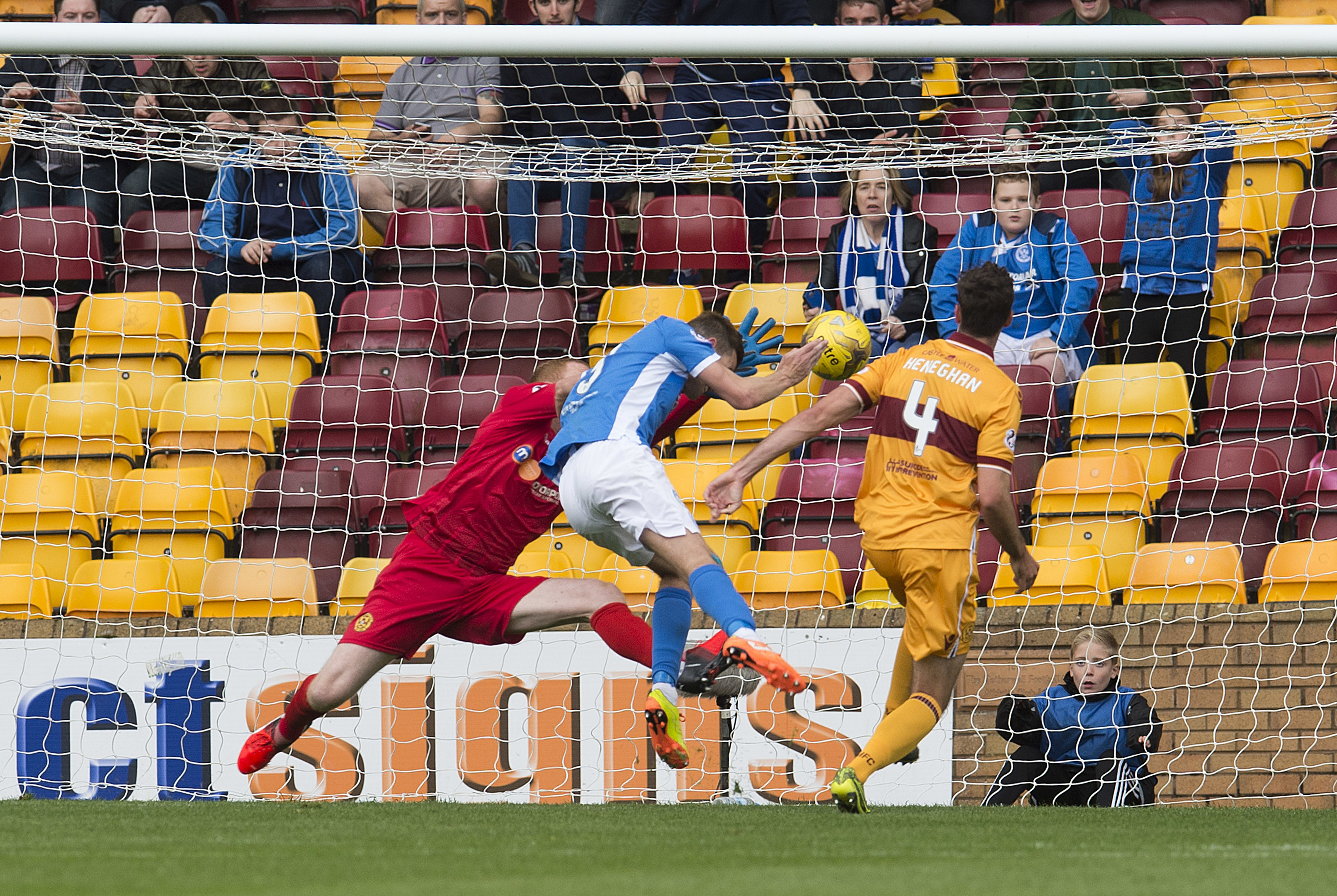 Steven MacLean head in St Johnstone's winner after a fumble from Motherwell keeper Craig Samson