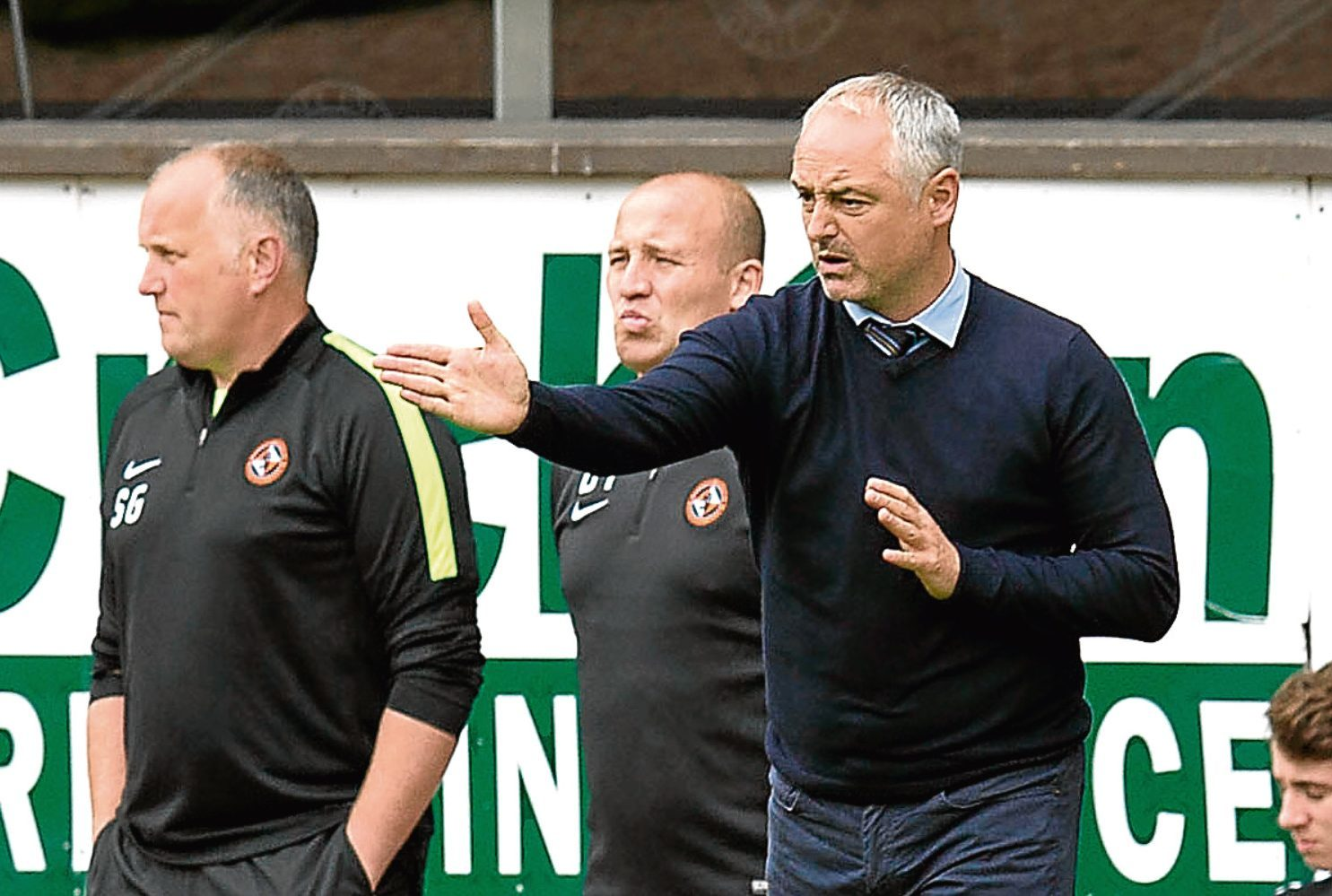United boss Ray McKinnon will be without Paul Dixon for two months.