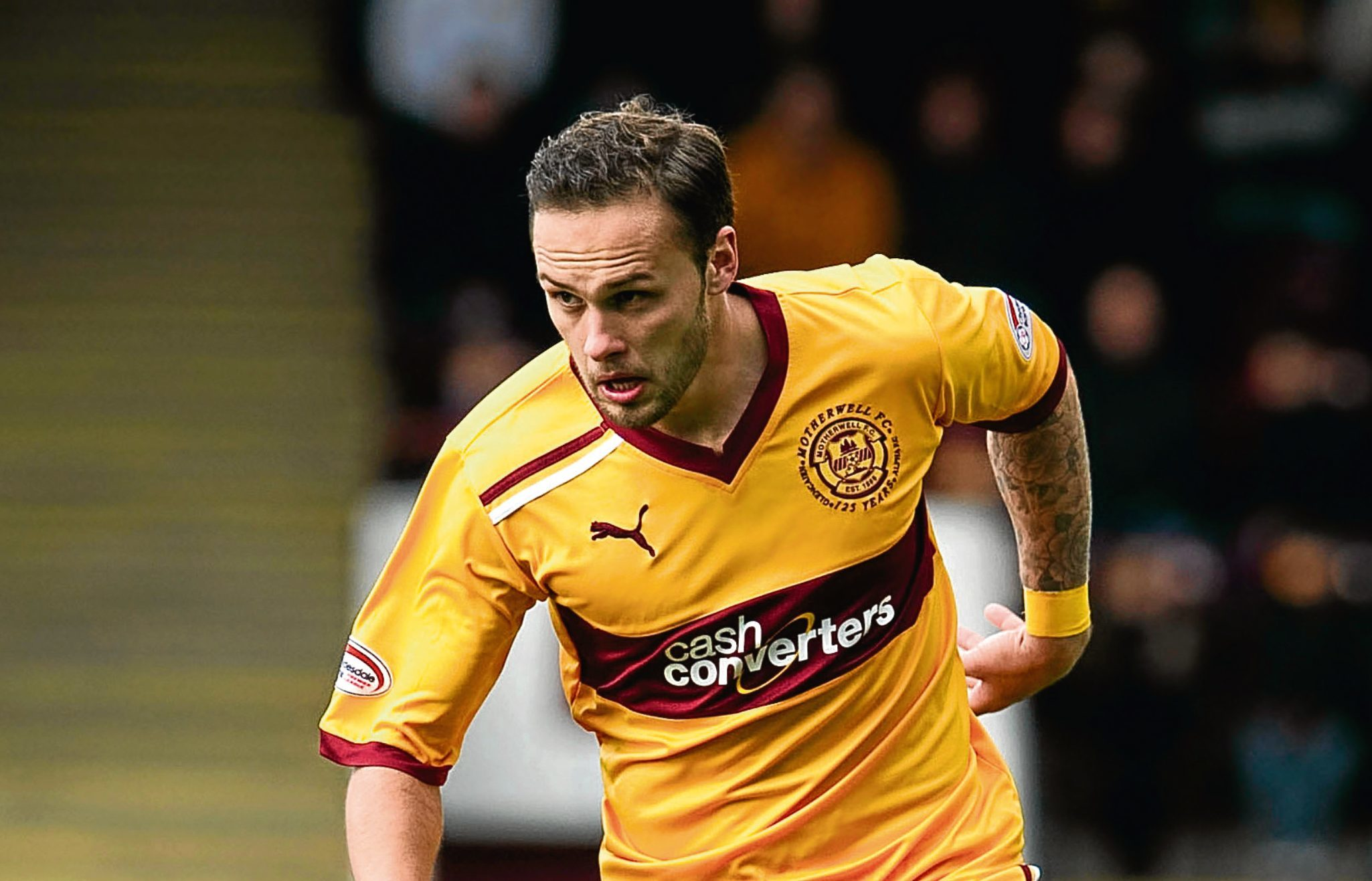 Dundee are still chasing the signature of Tom Hateley