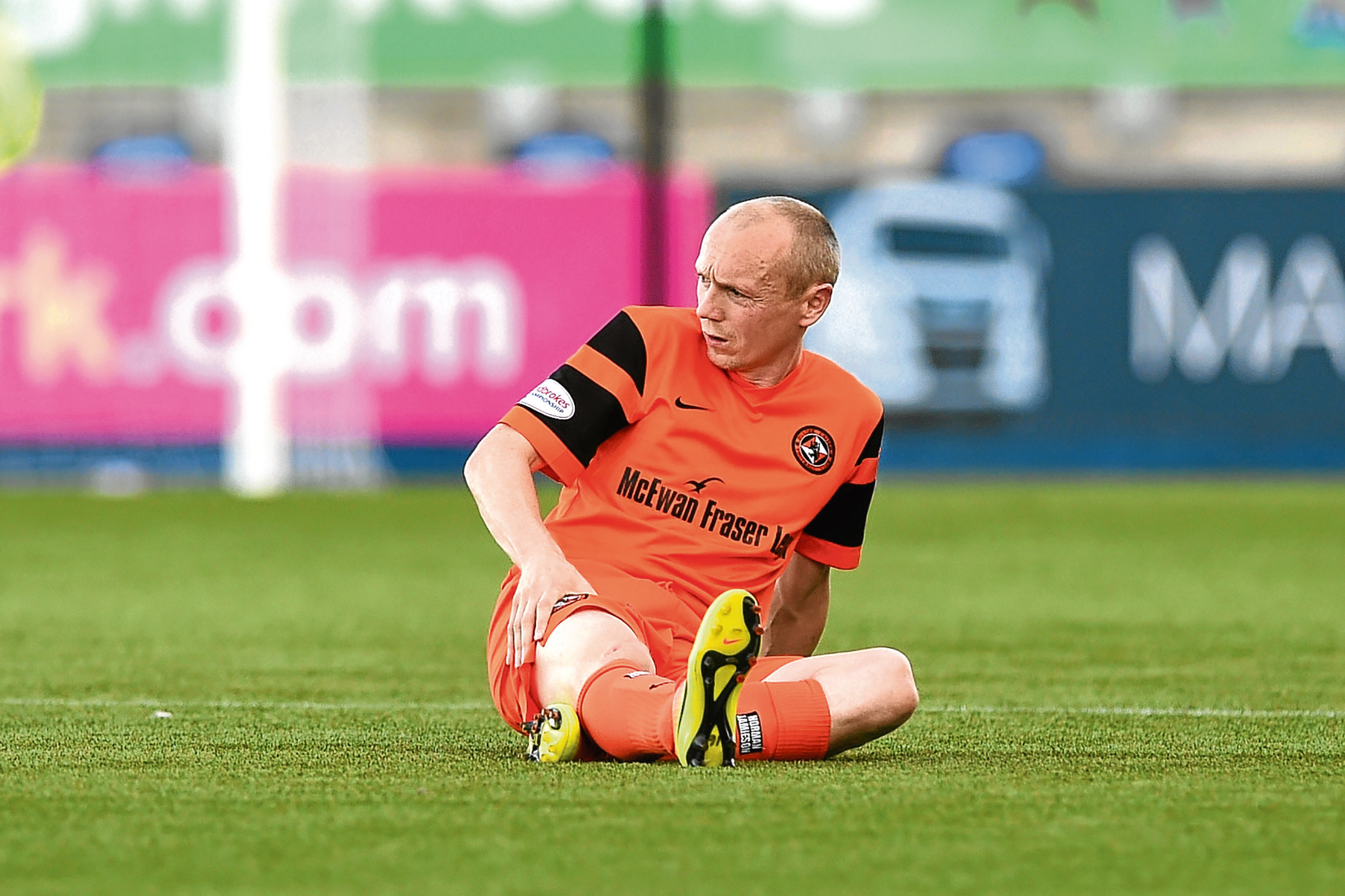 Dundee United midfielder Willo Flood was forced off in the recent game against Falkirk due to a thigh problem.