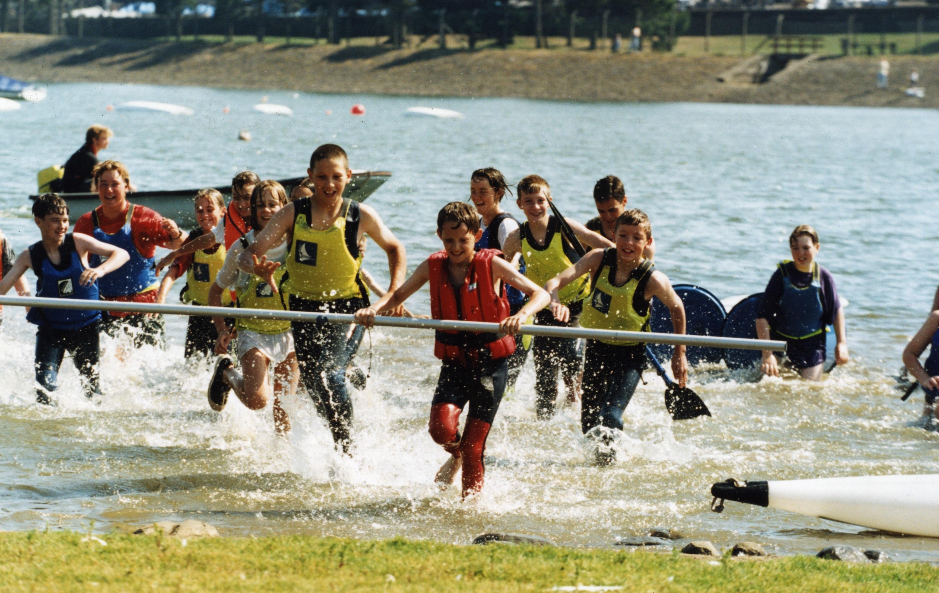 Kids splash around at Clatto Park in 1995