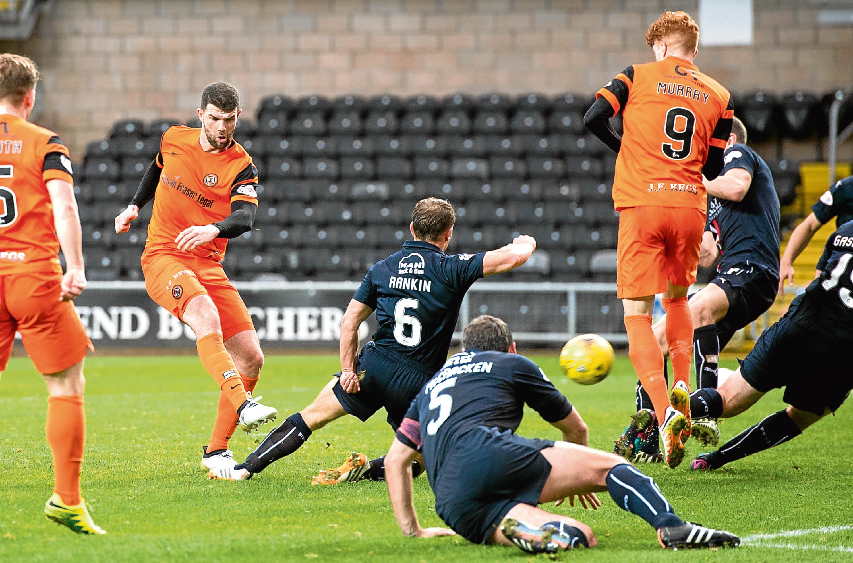 Mark Durnan cracks home Dundee United's late winner against Falkirk.