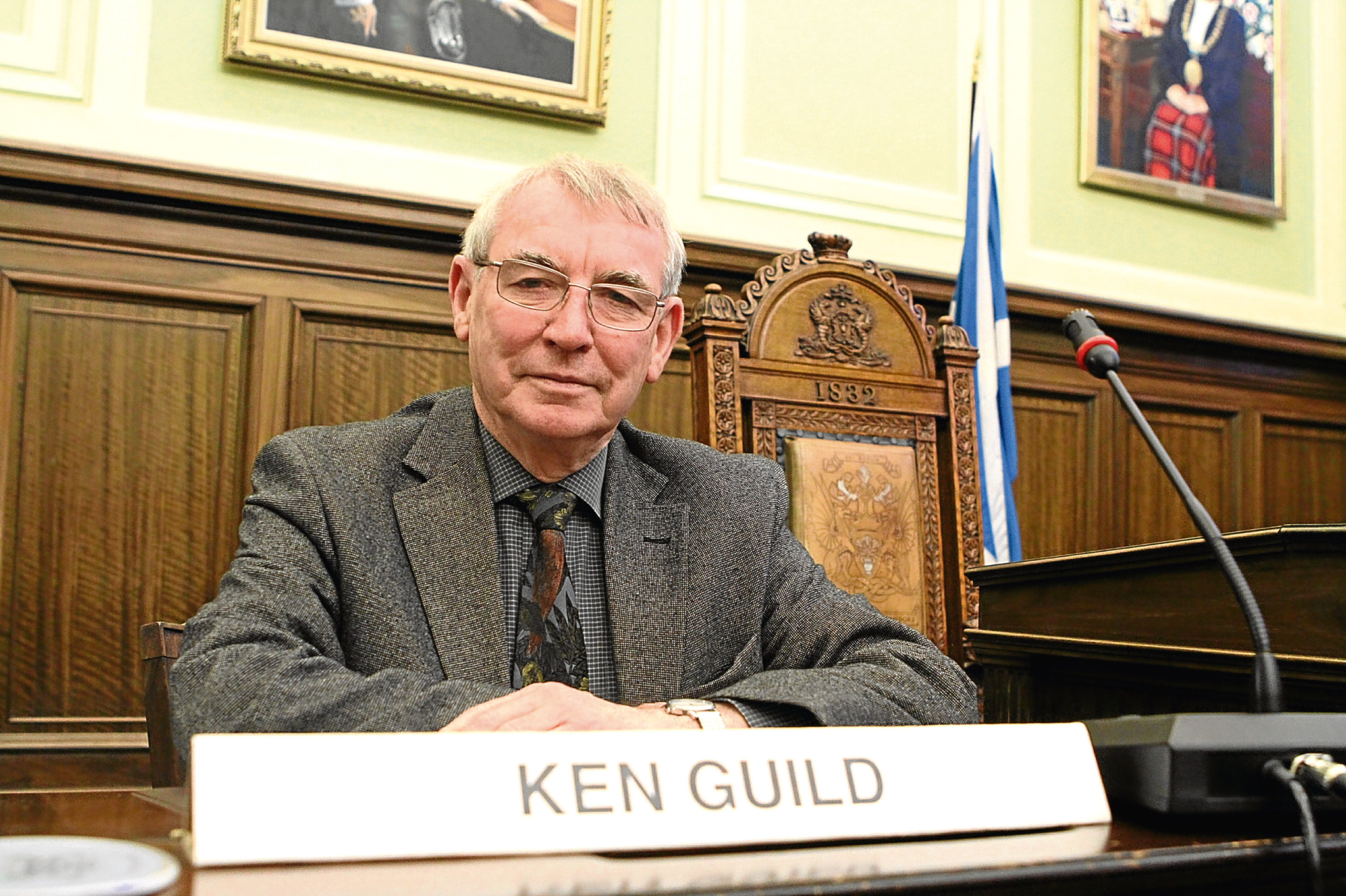 Council leader Ken Guild is to stand down in May