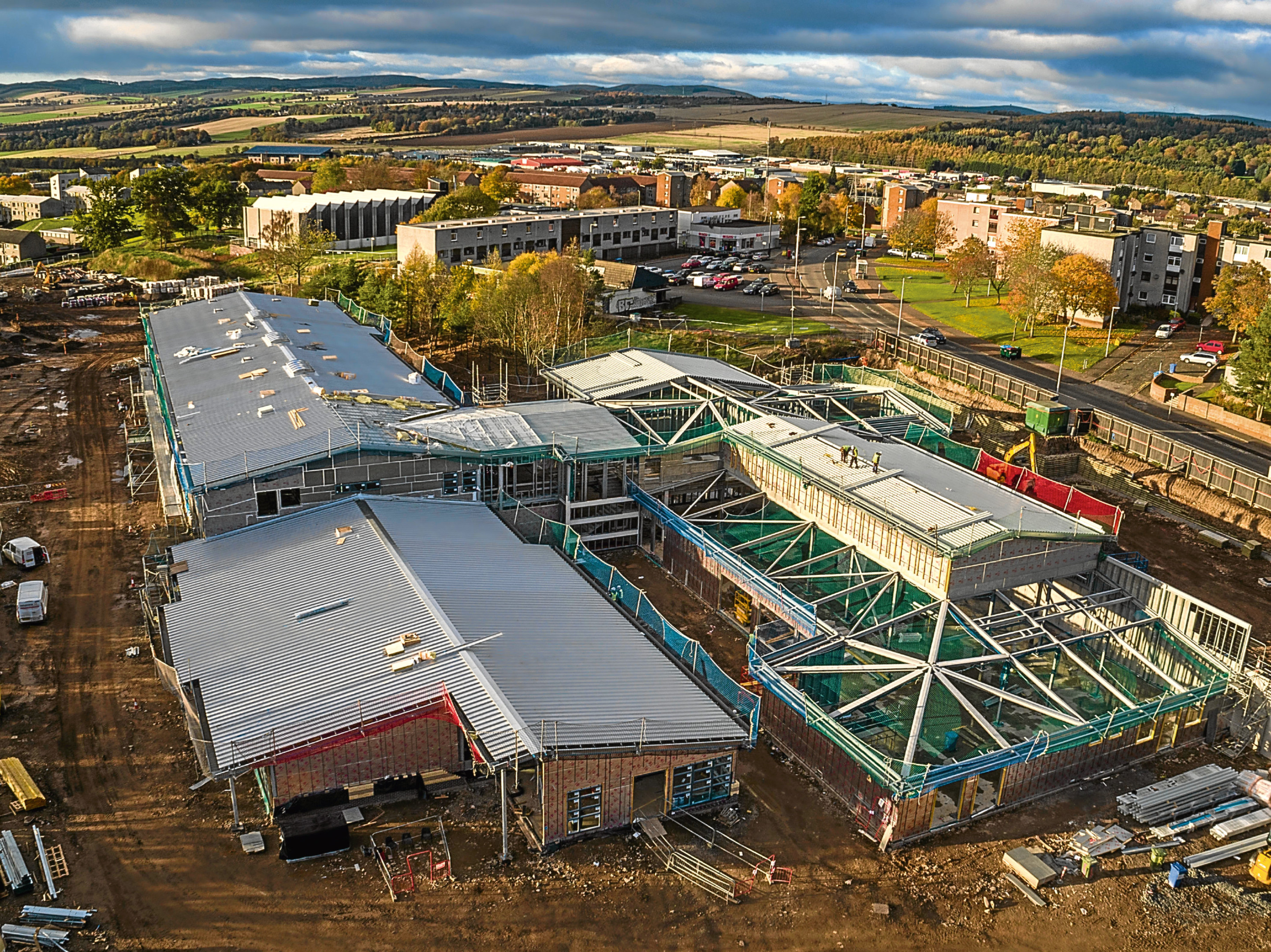 This image of the construction of the new Tayview Primary in Menzieshill was taken by Broadwing Media.