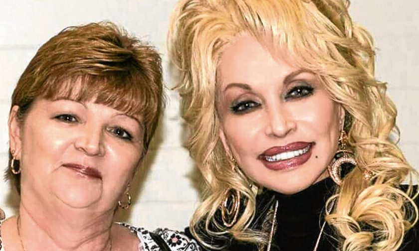 Lynda with Dolly Parton at the press conference for the film.