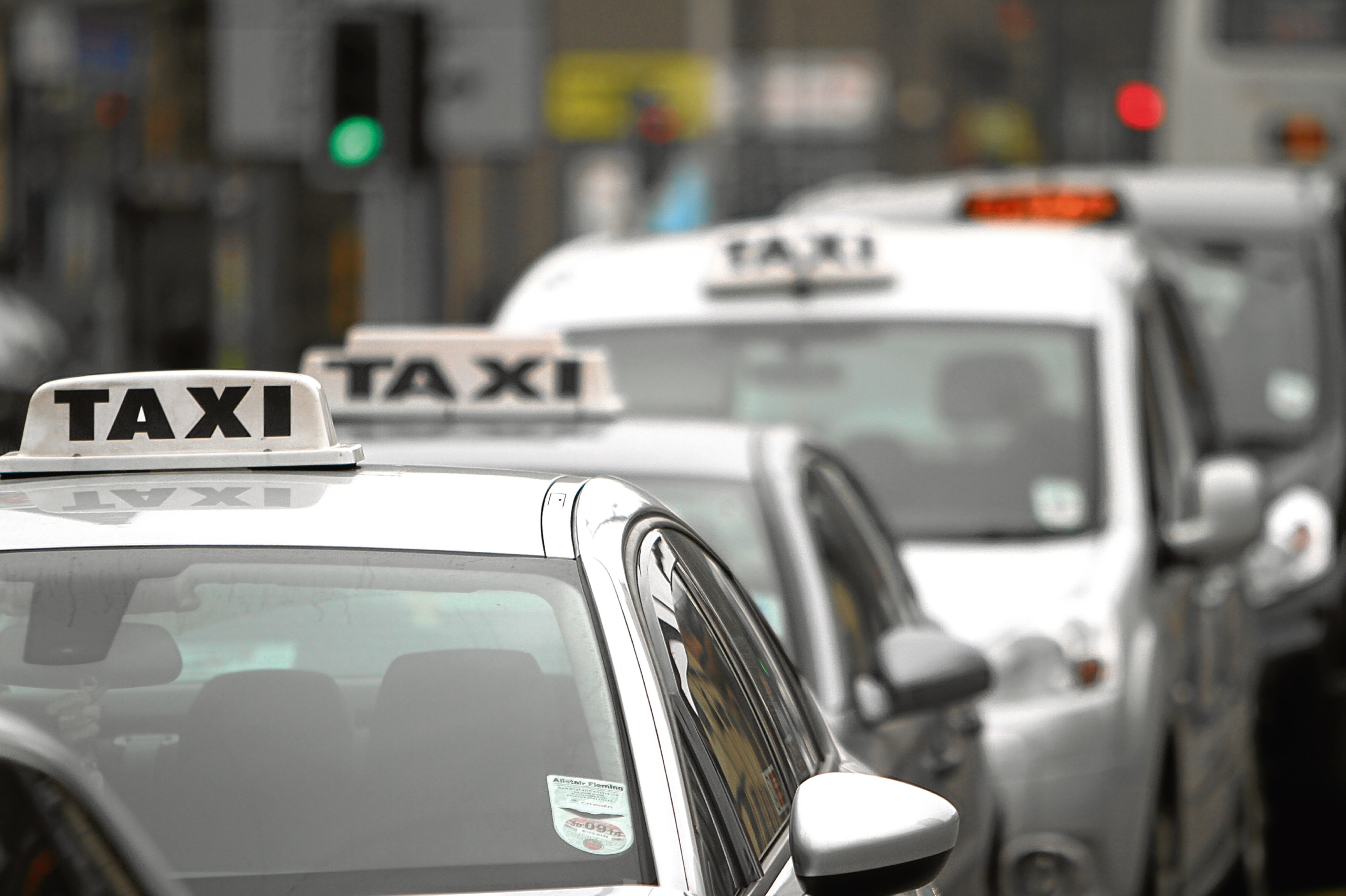 The city's Taxi Liaison Group said that taxi fares shouldn't be increased.