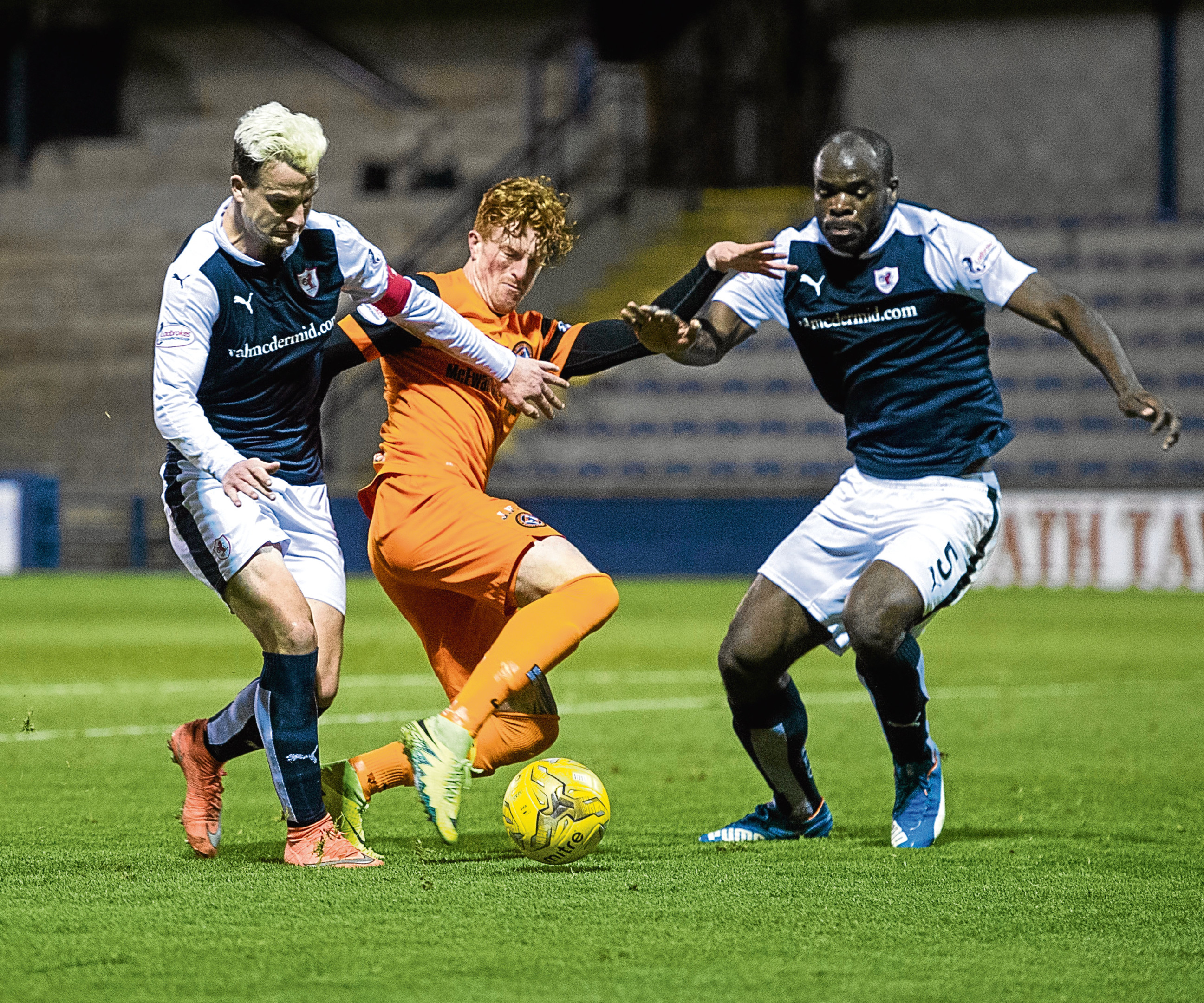 Dundee United travel to Stark's Park tomorrow