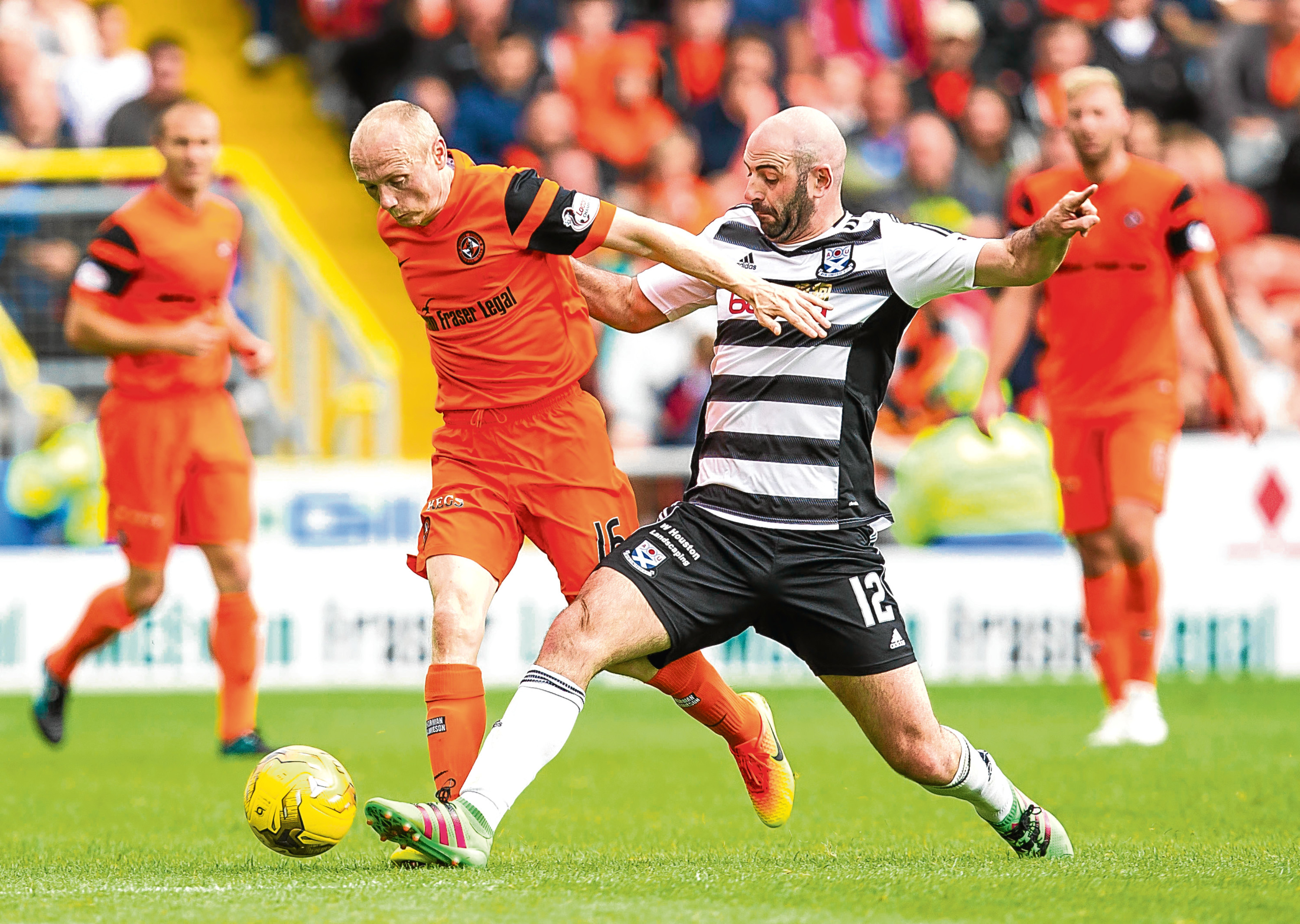 Willo Flood is poised to return to the Dundee United line-up for the weekend clash at Falkirk.