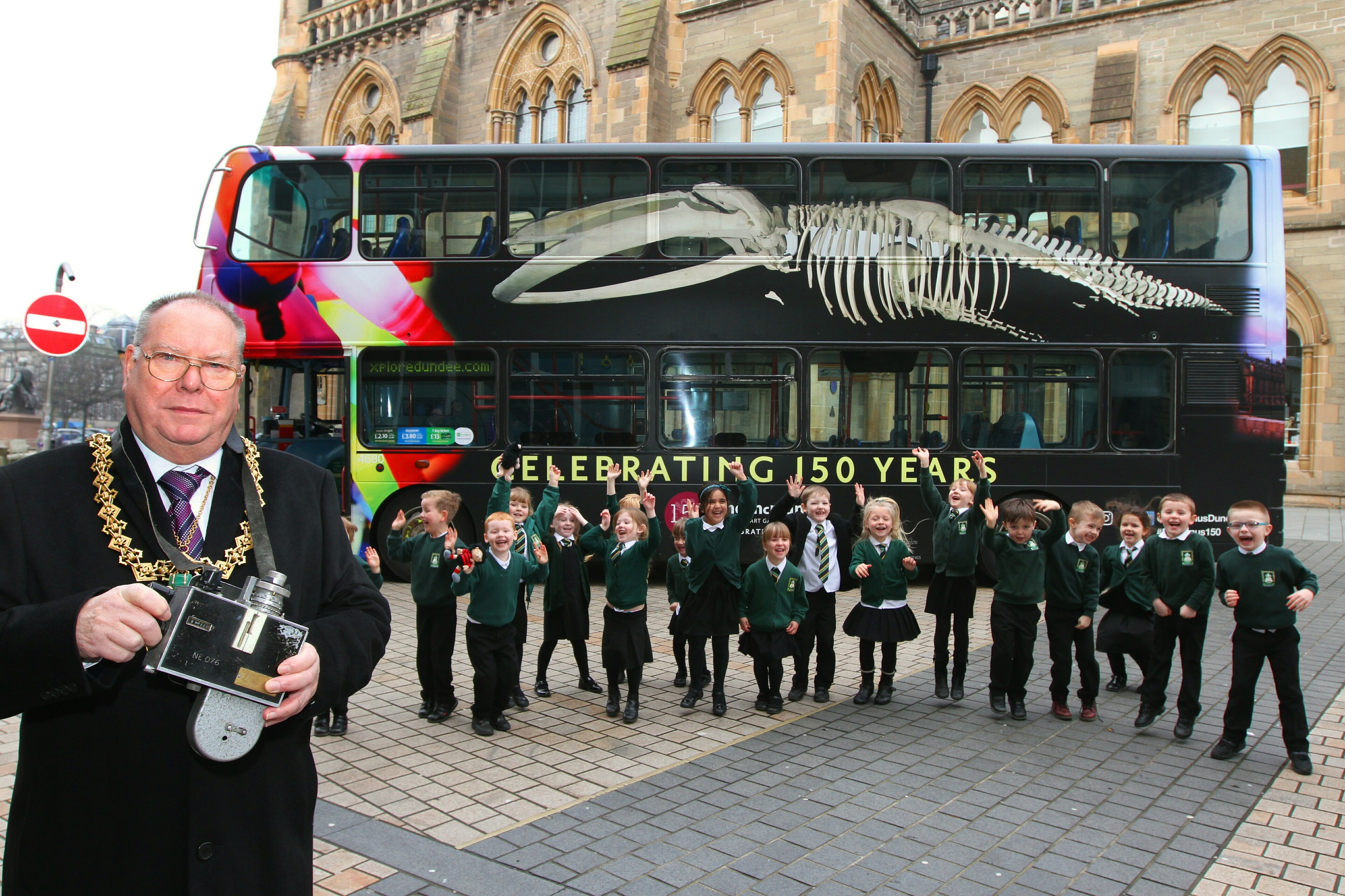 Lord Provost Bob Duncan with pupils from St Ninians Primary at the launch of the Tay Whale bus.