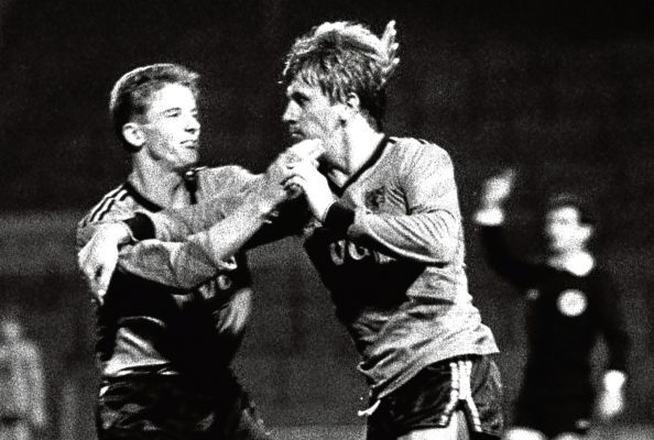 Iain Ferguson (right) and Dundee United team mate Kevin Gallcher scored in the 3-1 aggregate win over Barcelona