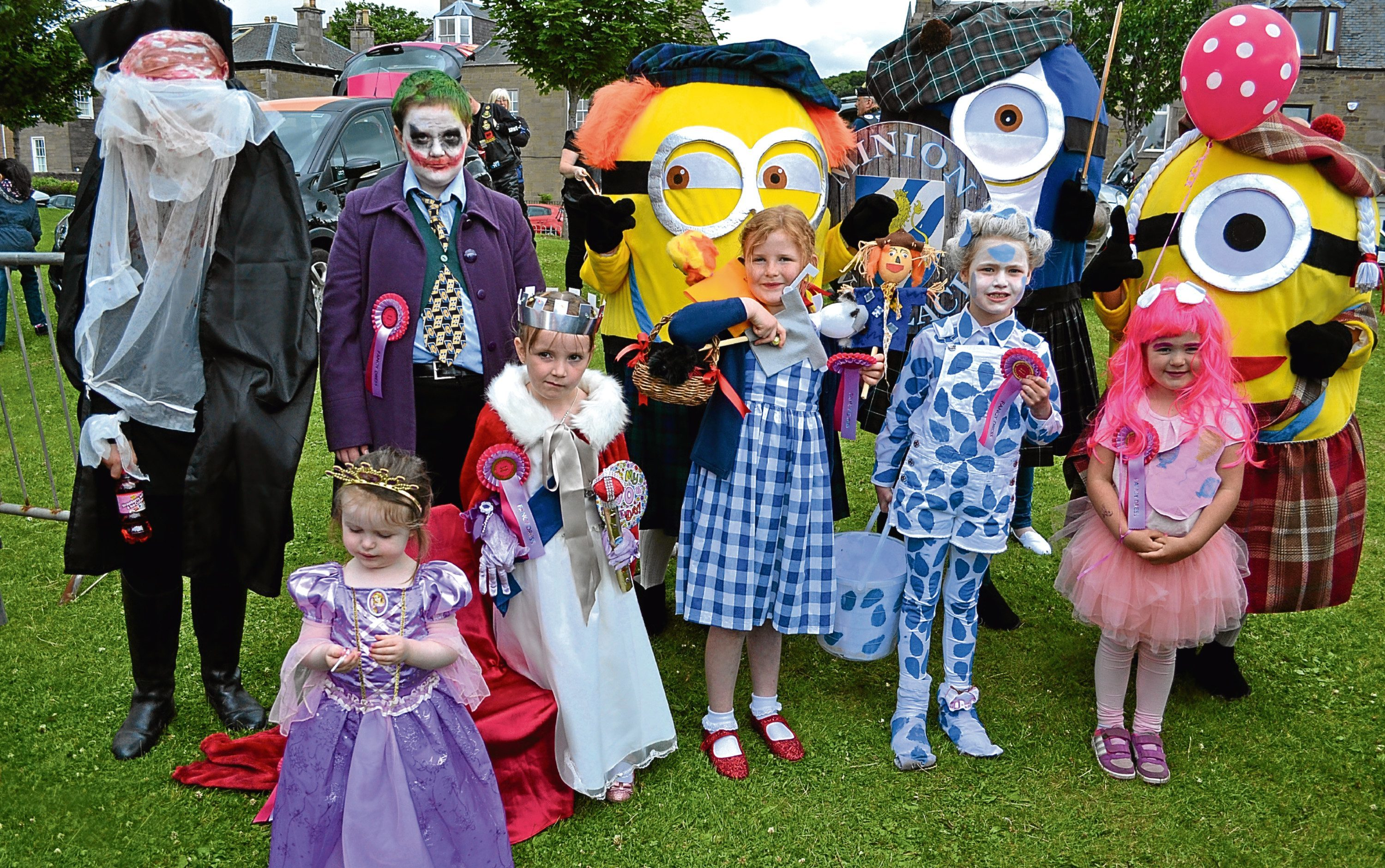 Kids, adults and Minions enjoy last year's Broughty Ferry Gala Week
