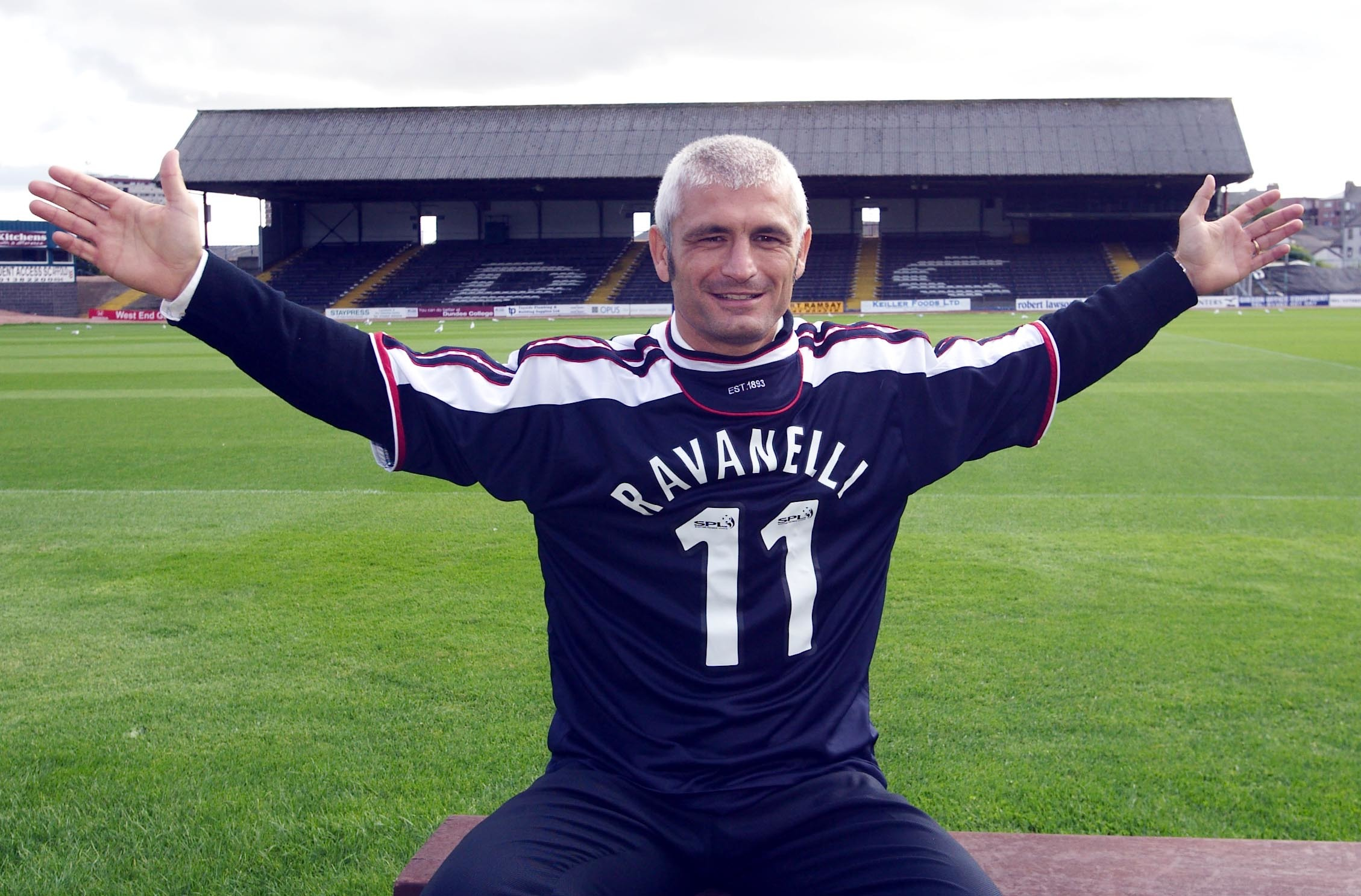 Fabrizio Ravanelli after signing for Dundee in 2003.