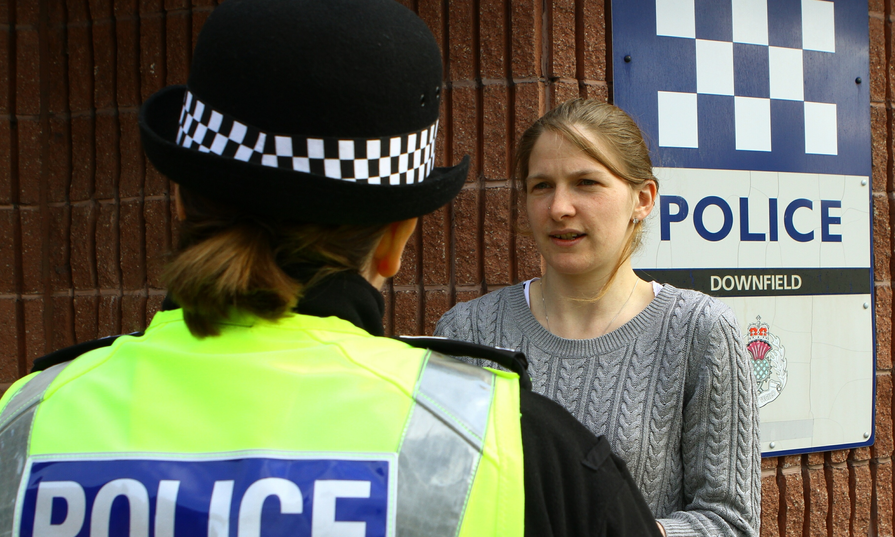 Reporter Hannah Dolman speaks to Sergeant Lesley Mann, a community police chief based in Kirkton.​