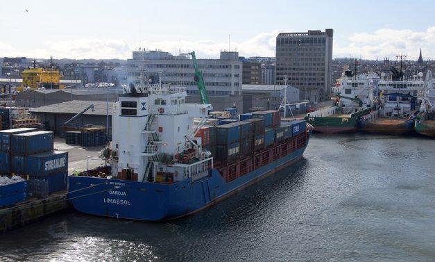 MV Daroja at Blaikie's Quay, Aberdeen