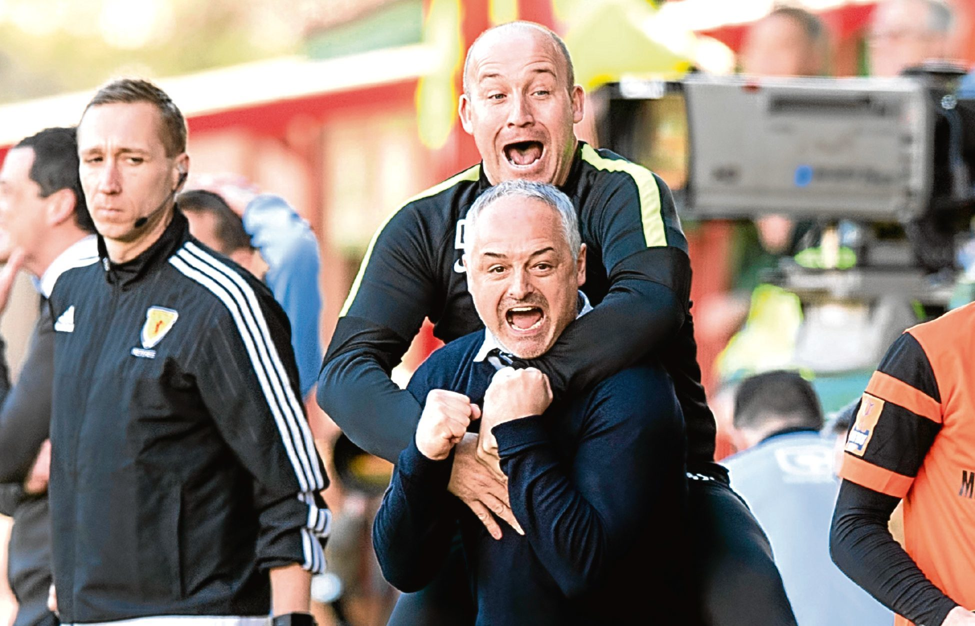 Ray McKinnon believes that Darren Taylor will prove to be one of the most, influential figures in orchestrating Dundee United's return to the Scottish Premiership