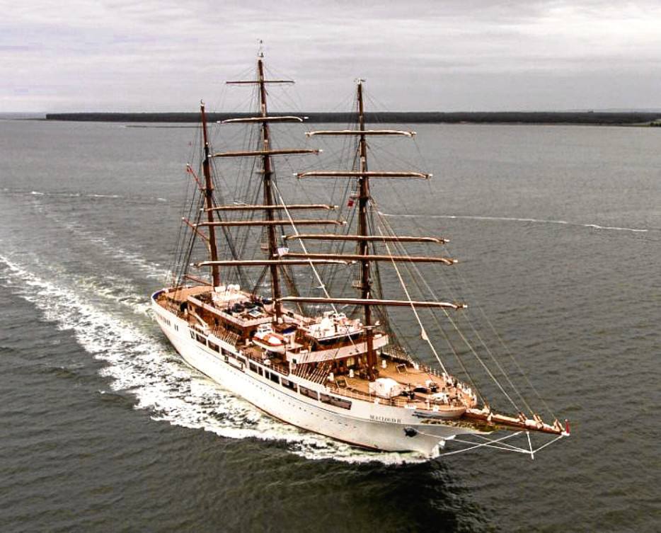 The Sea Cloud II ship makes its way up the Tay