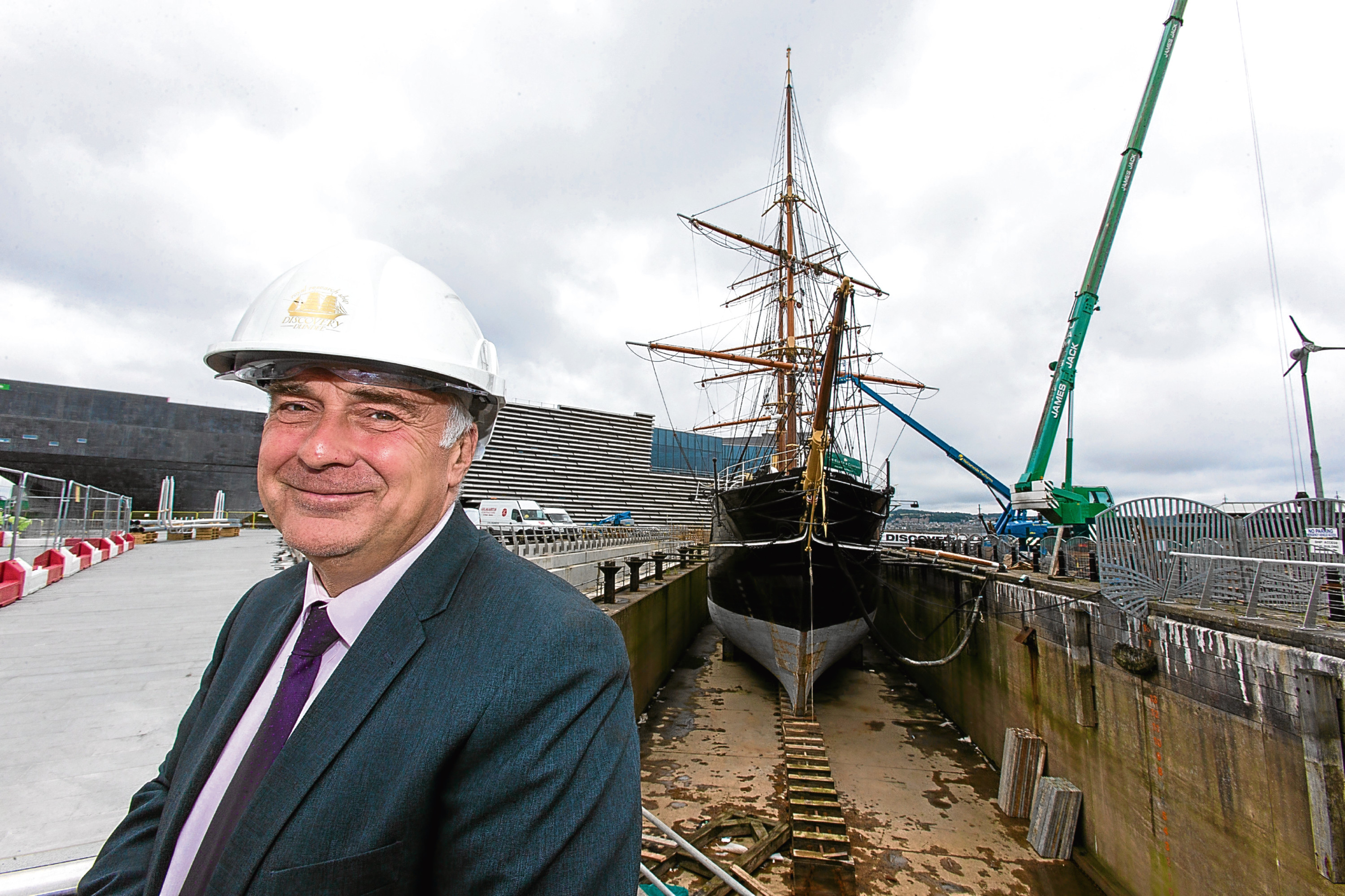 Mark Munsie, director of Dundee Heritage Trust, beside the Discovery