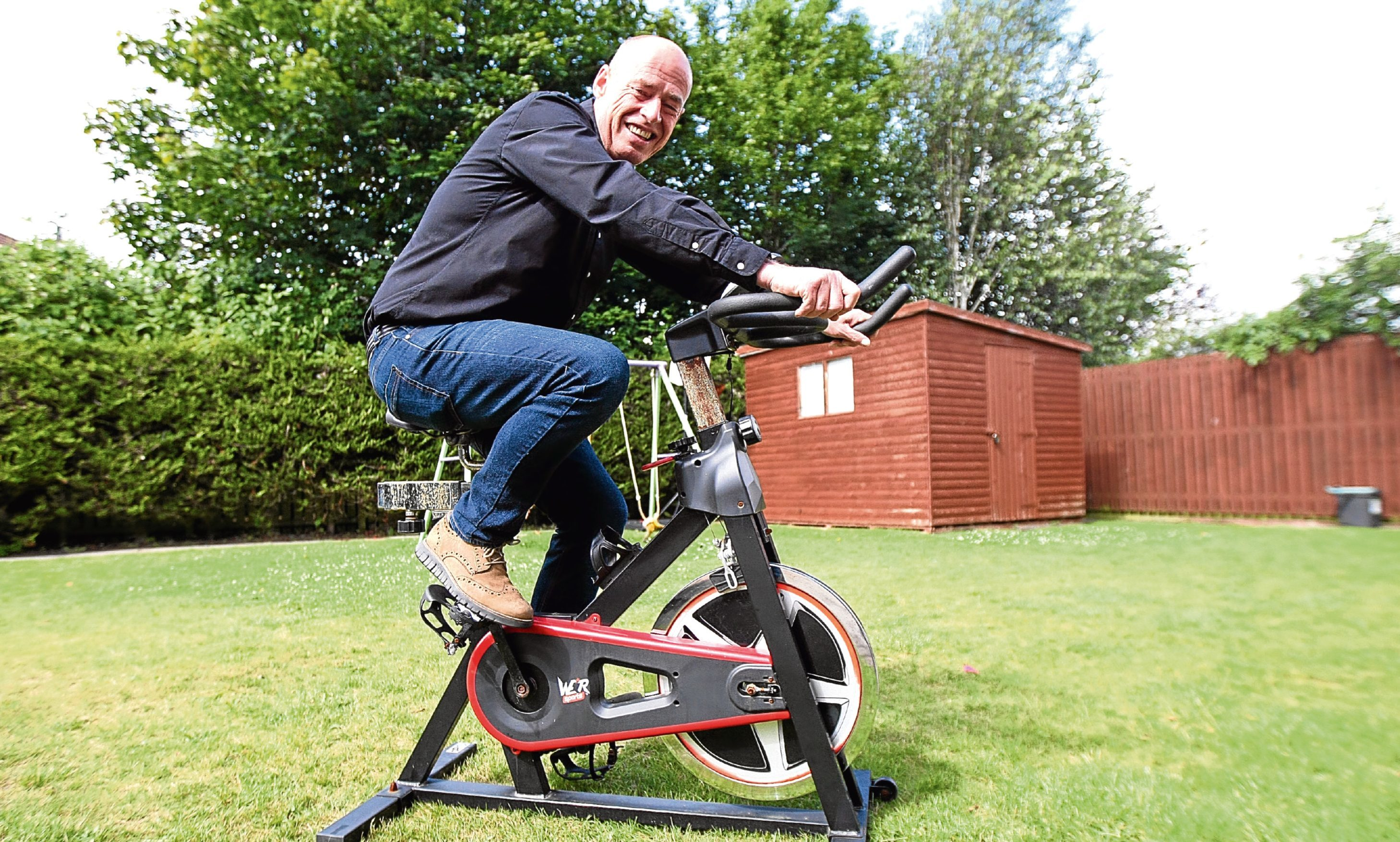 Stuart McRobbie, who lost seven-and-a-half stone, says he is disappointed the free classes will not be for men.