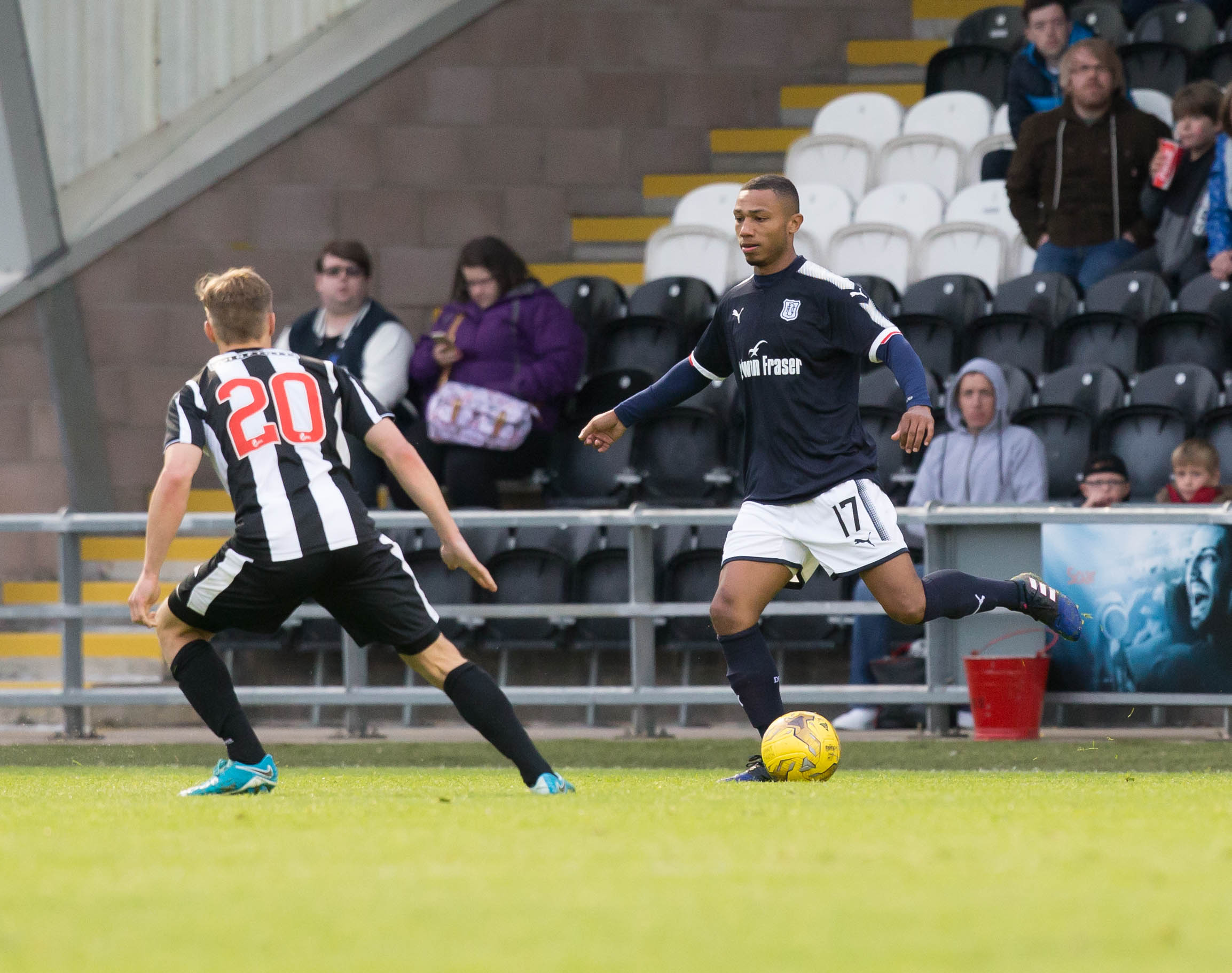 Crescendo van Berkel in action as a trialist for Dundee.