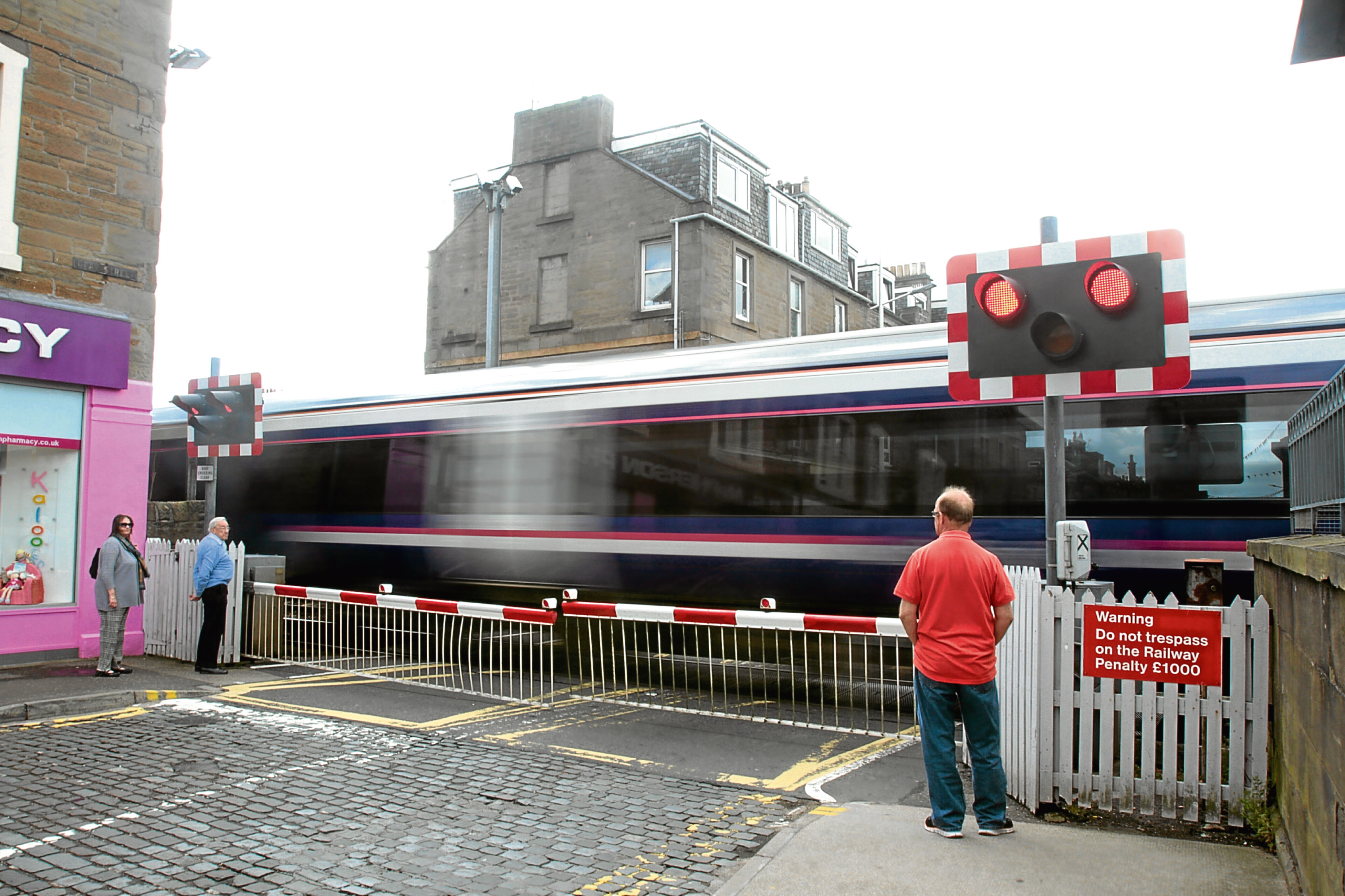 Broughty Ferry level-crossing