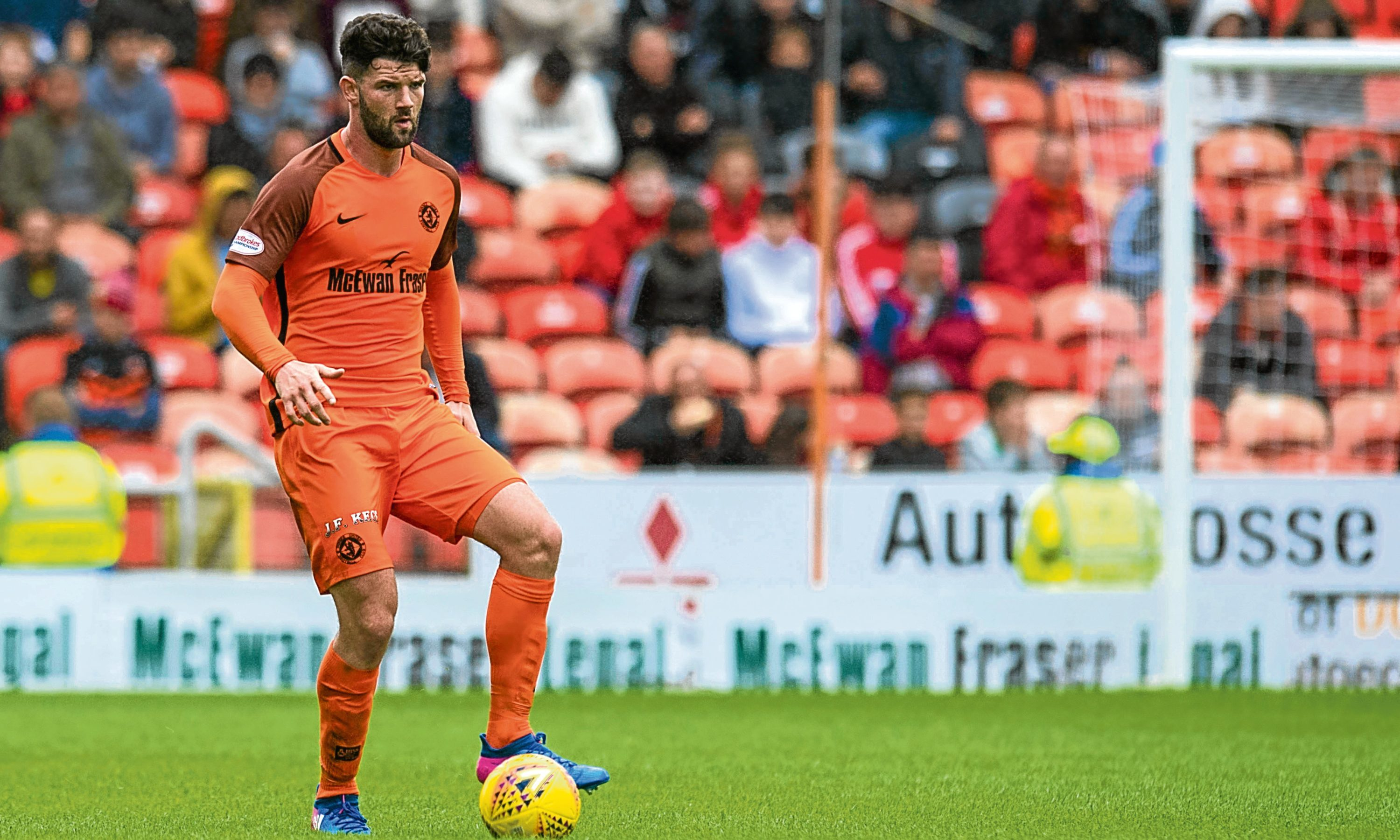 Mark Durnan in action for Dundee United