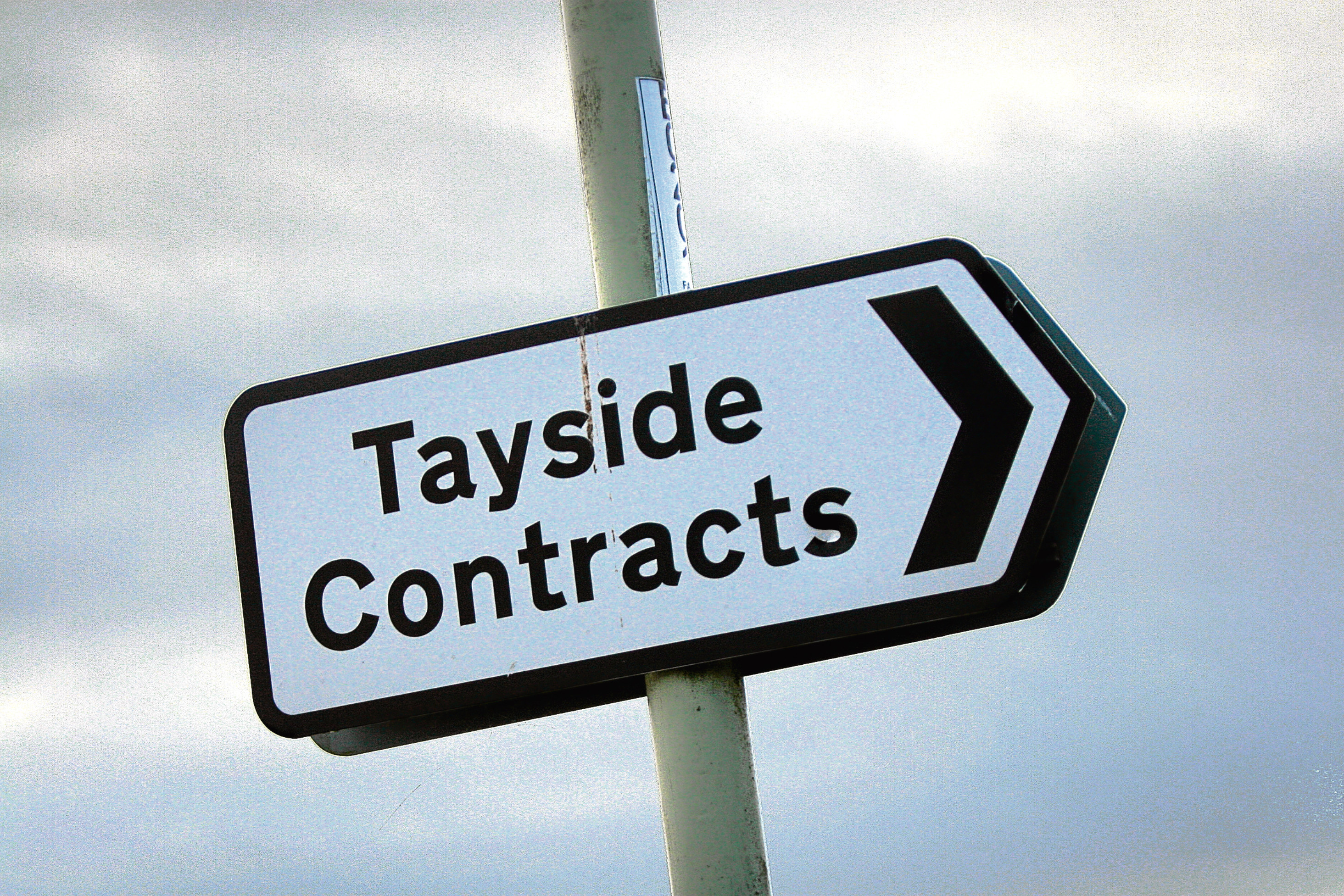 Kris Miller, Courier, 06/12/11. Picture today shows Tayside Contracts sign for file.