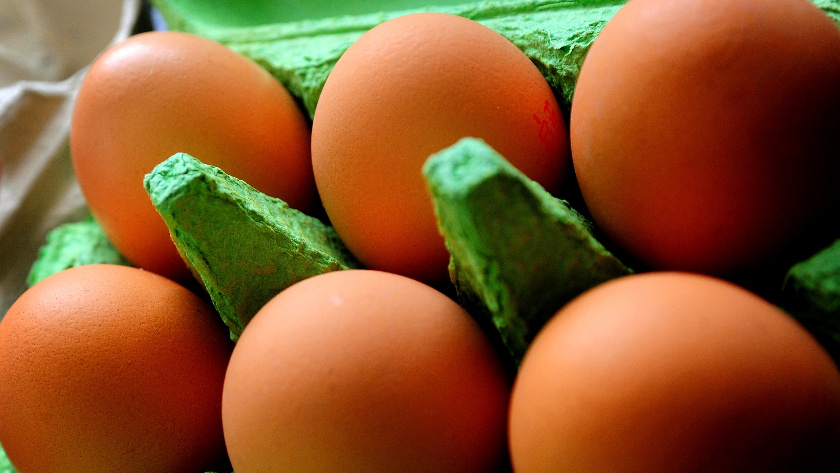 Around 700,000 eggs from Dutch farms implicated in the scare have been distributed to Britain.