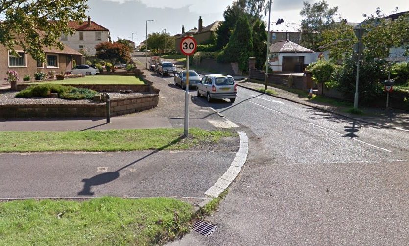 Woodside Avenue viewed from Kingsway (stock image)