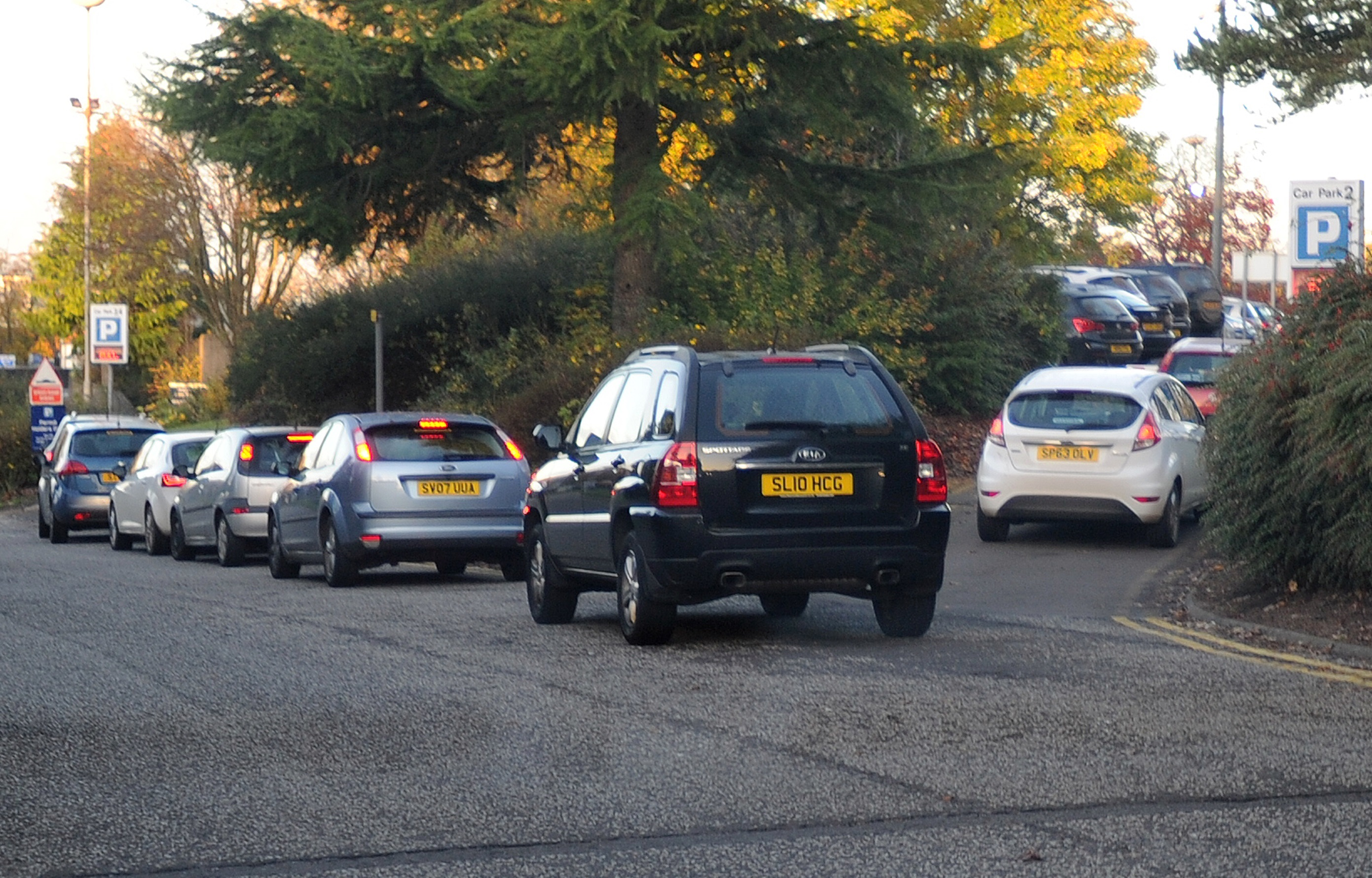 Cars queue for parking at Ninewells