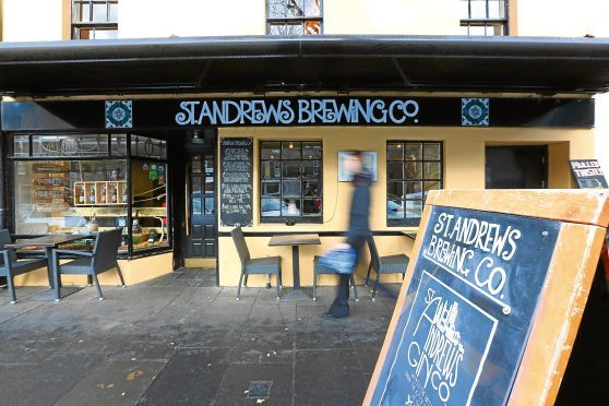 St Andrews Bar in South Street, Dundee