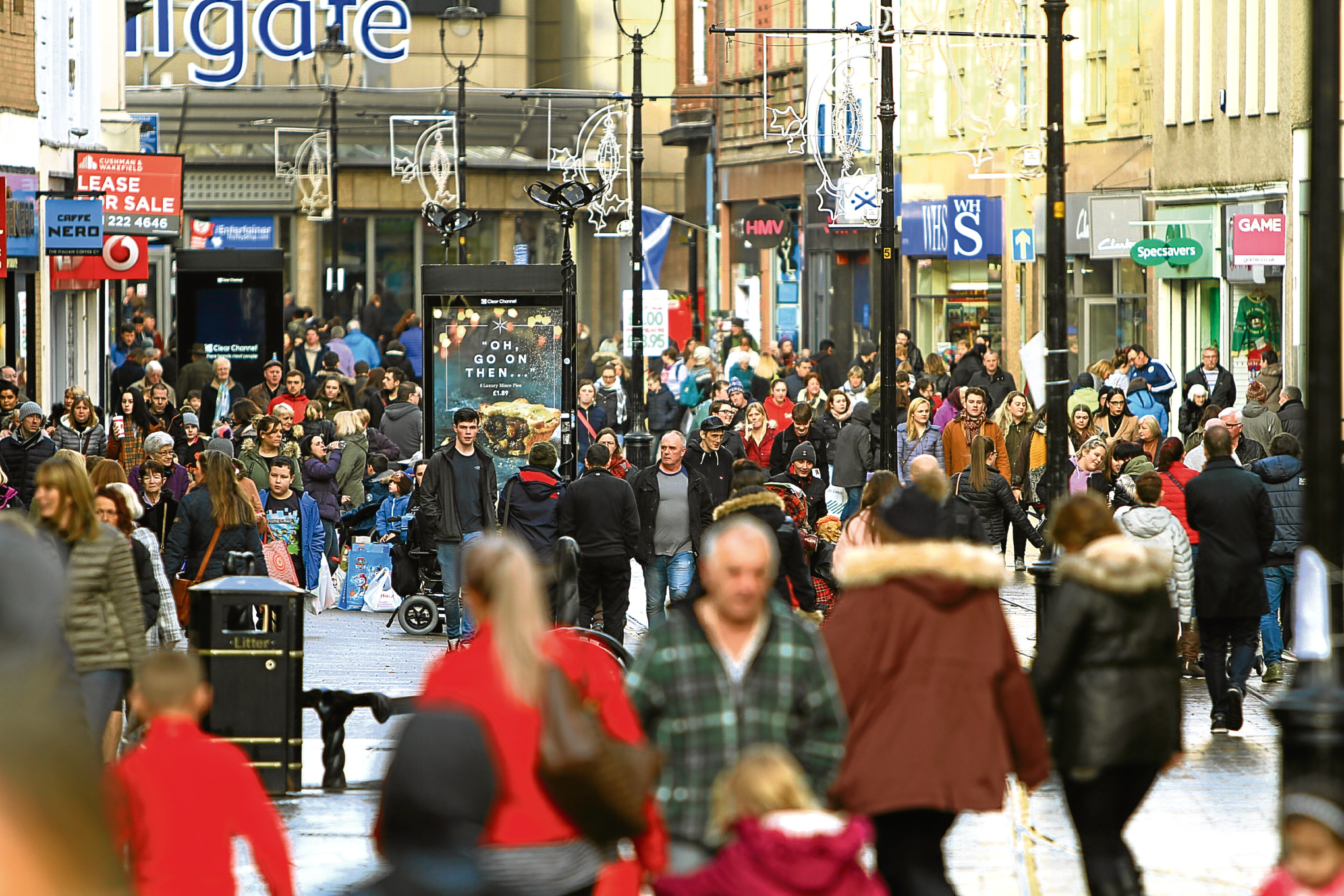 A busy Murraygate full of shoppers