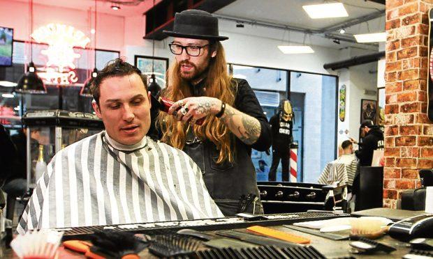 Barber Vincent Quinn in action