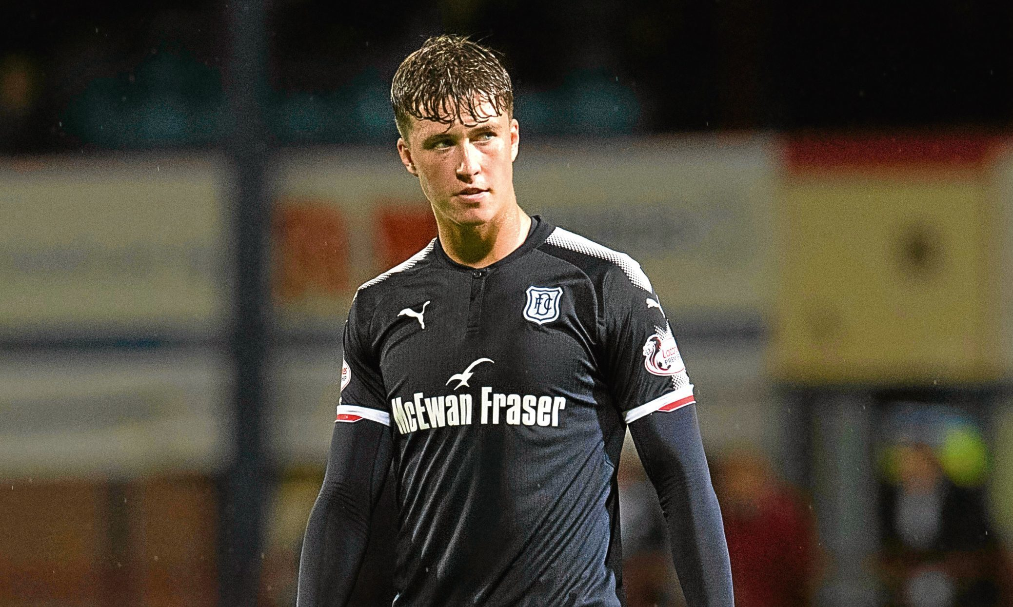 English Premier League pair Bournemouth and Crystal Palace are set to challenge Celtic for the signature of Dundee centre-back Jack Hendry.