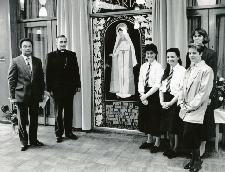 Three pupils alongside Mr Ian Miller, Bishop Vincent Logan after the Mural for Marian Year was erected in the main foyer (June 1988)