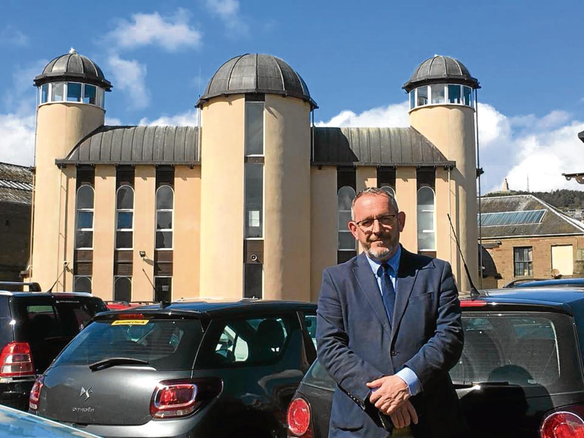 Stewart Hosie MP at Dundee Central Mosque.