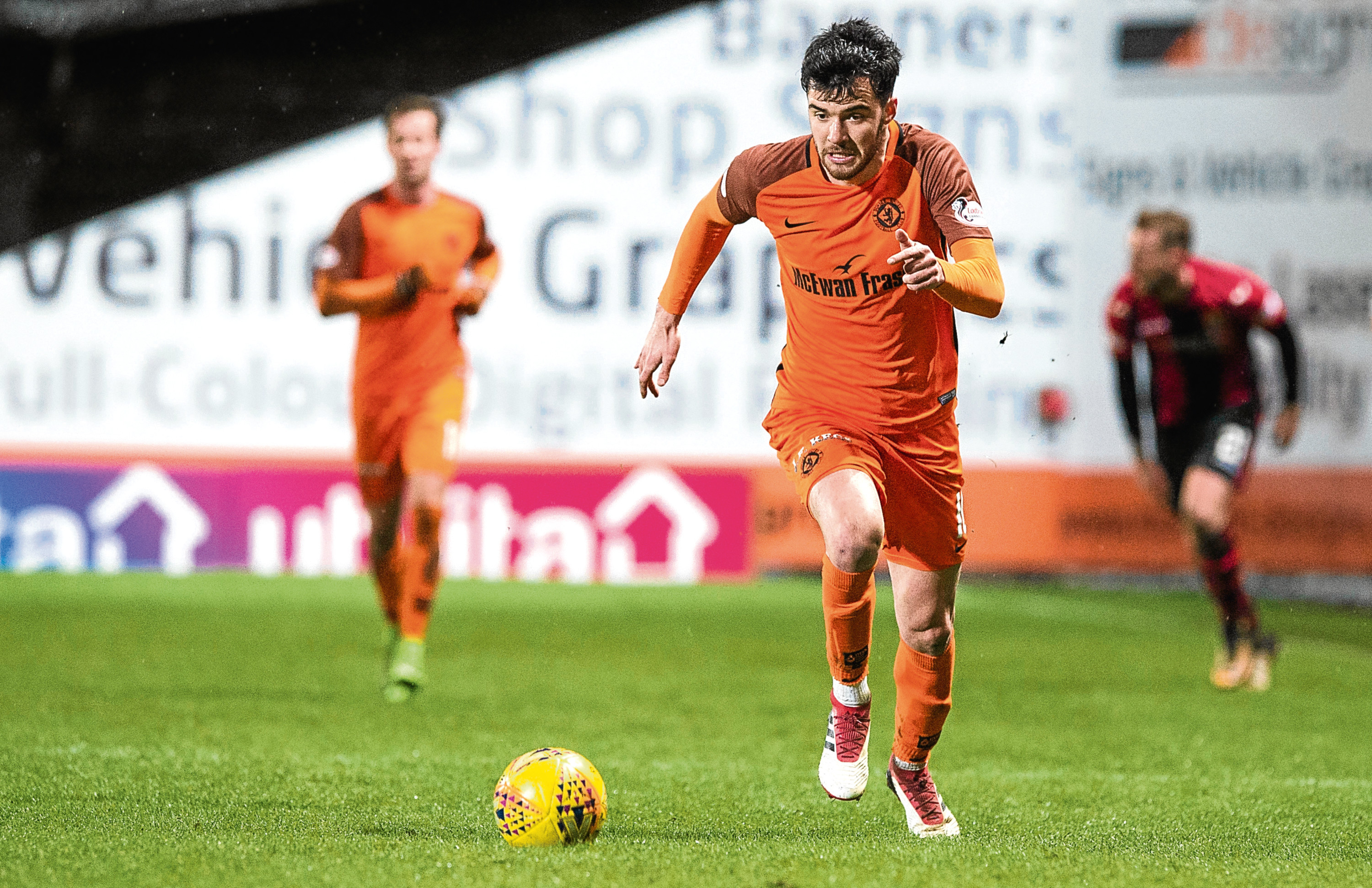 Scott Fraser completed 90 minutes for the first time since November on Tuesday night.